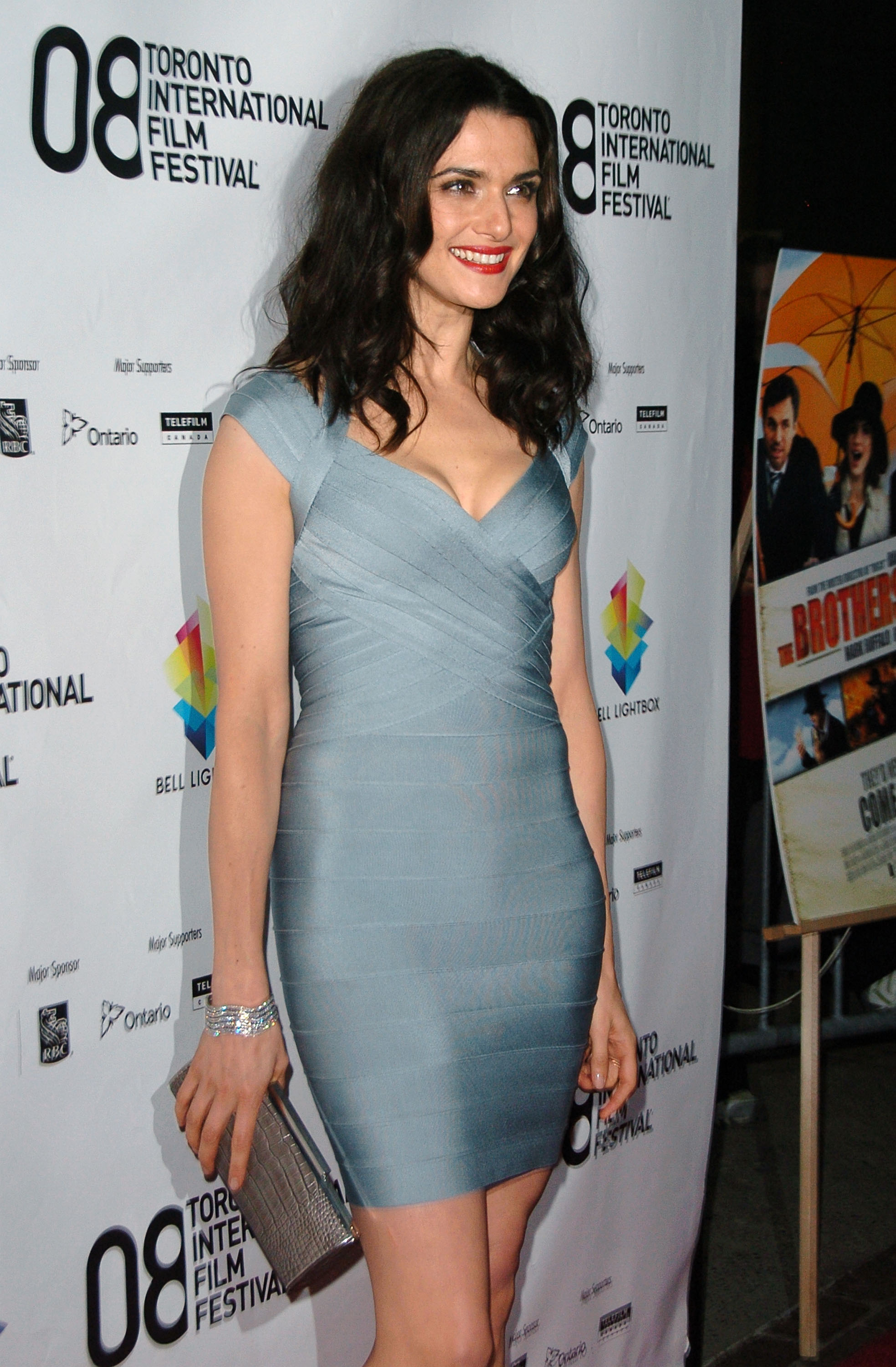 26535_Celebutopia-Rachel_Weisz-The_Brothers_Bloom_premiere_during_the_2008_Toronto_International_Film_Festival-01_122_150lo.jpg