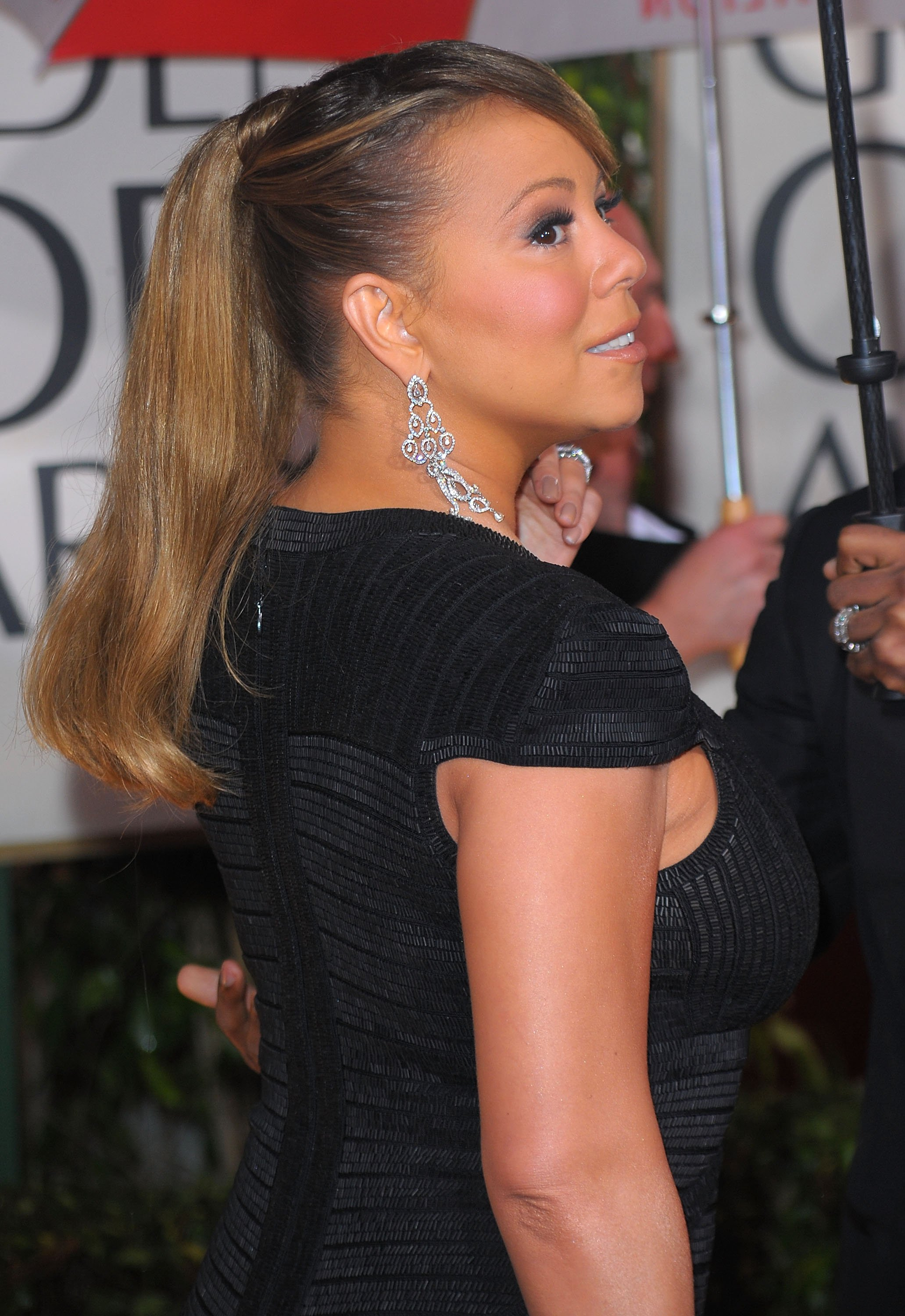 79620_Mariah_Carey_arrives_at_the_67th_Annual_Golden_Globe_Awards_669_122_356lo.jpg