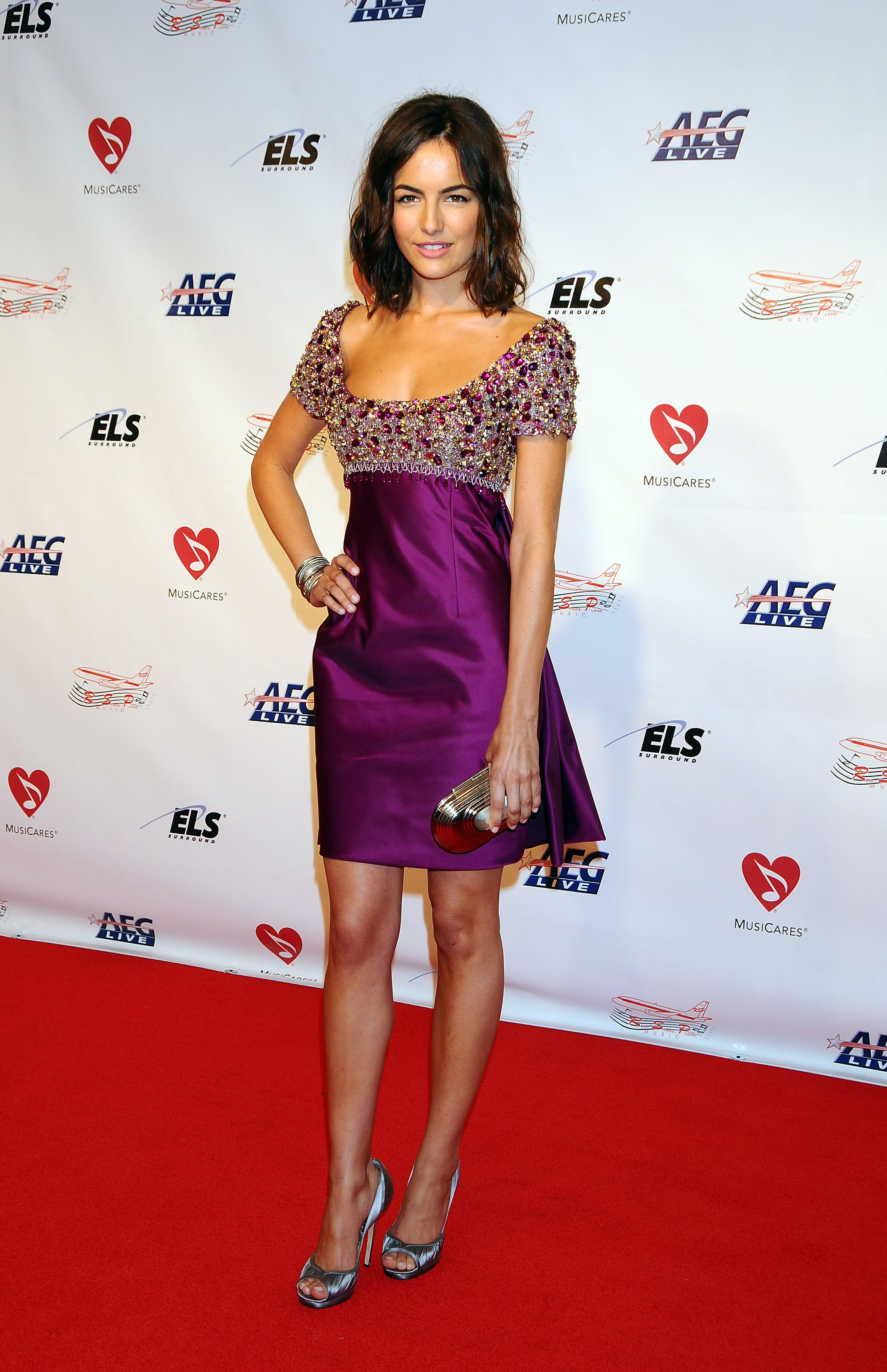 07375_Celebutopia-Camilla_Belle_arrives_at_the_2009_MusiCares_Person_Of_The_Year_Gala-04_122_544lo.JPG
