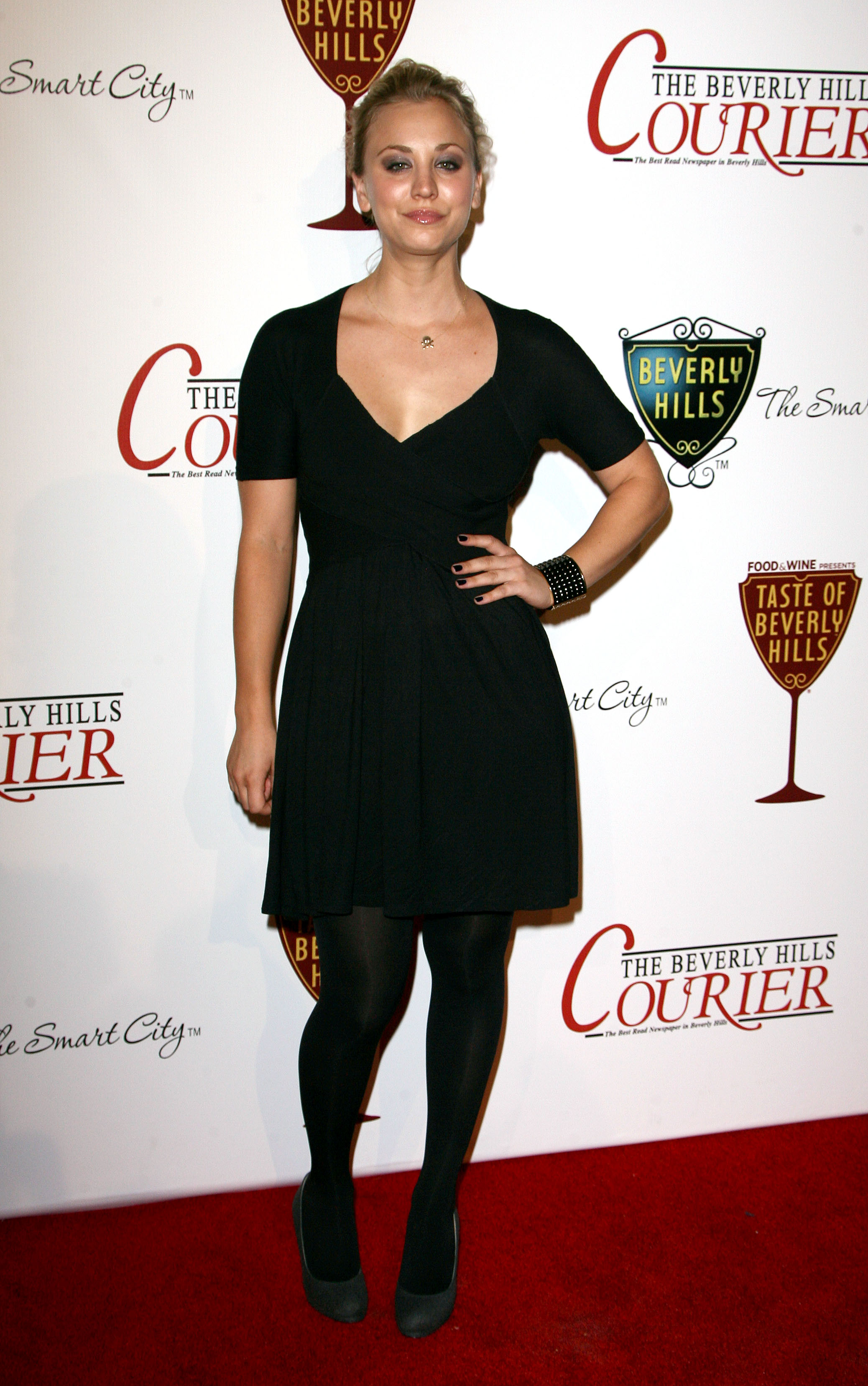 19515_Kaley_Cuoco_at_Presents_The_Taste5_122_170lo.jpg