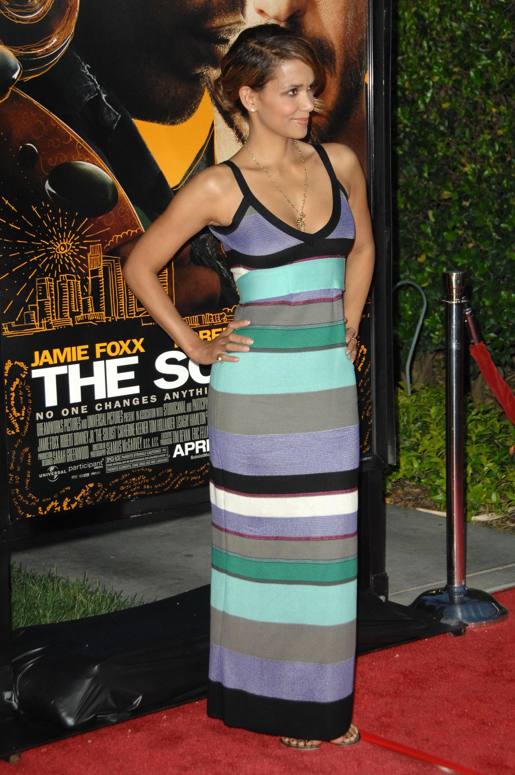 65539_Halle_Berry_The_Soloist_premiere_in_Los_Angeles_68_122_200lo.jpg