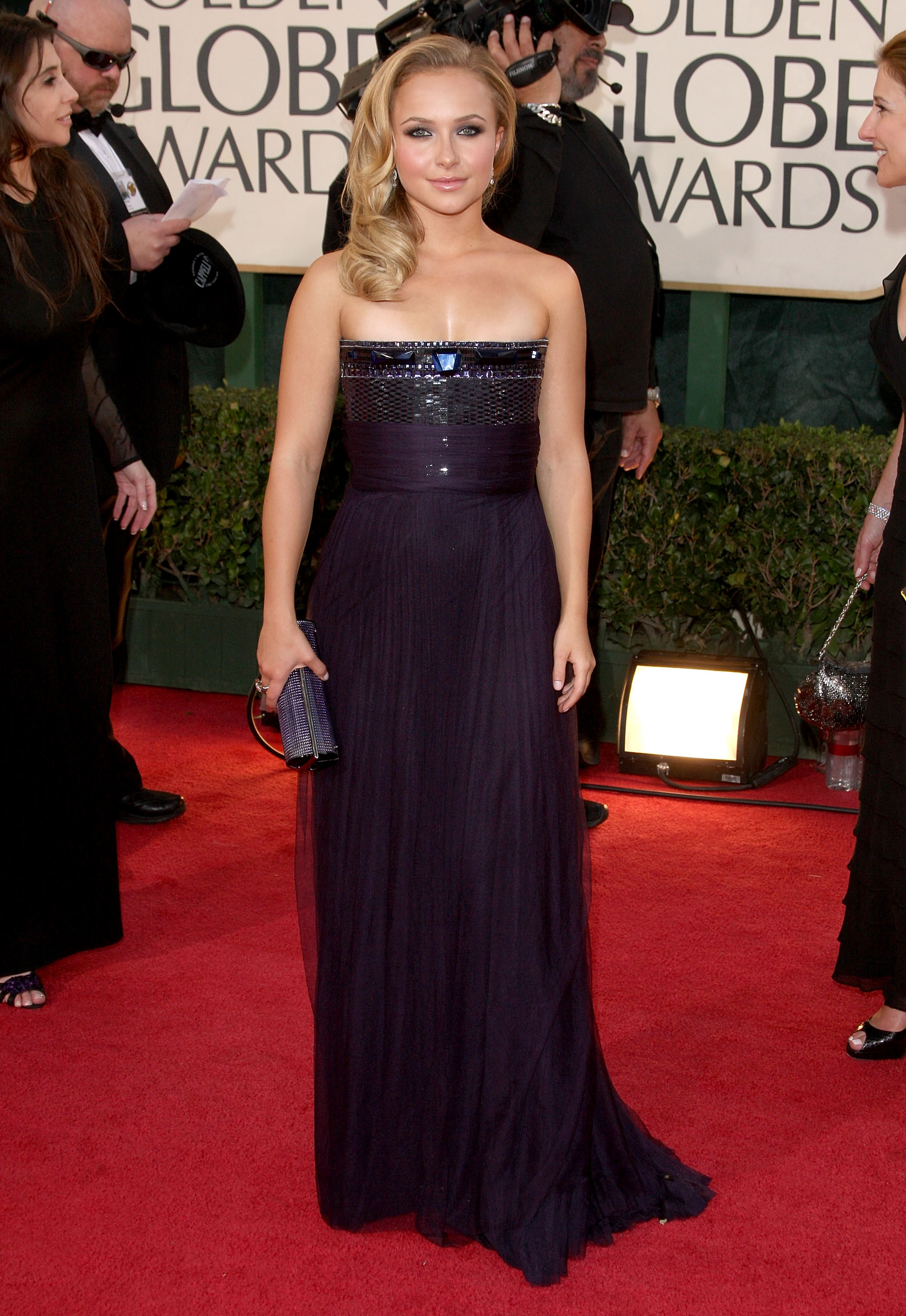 26109_Celebutopia-Hayden_Panettiere_arrives_at_the_66th_Annual_Golden_Globe_Awards-06_122_14lo.jpg