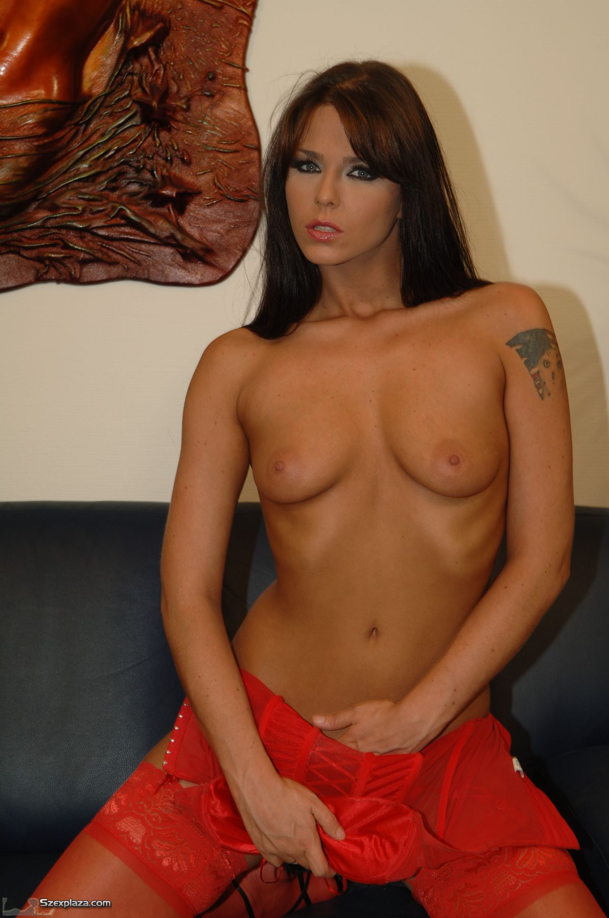 825339868_tduid10147_Simony_Diamond021_123_726lo.JPG