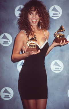 55074_mc_25021991_grammy_awards_046_122_895lo.jpg