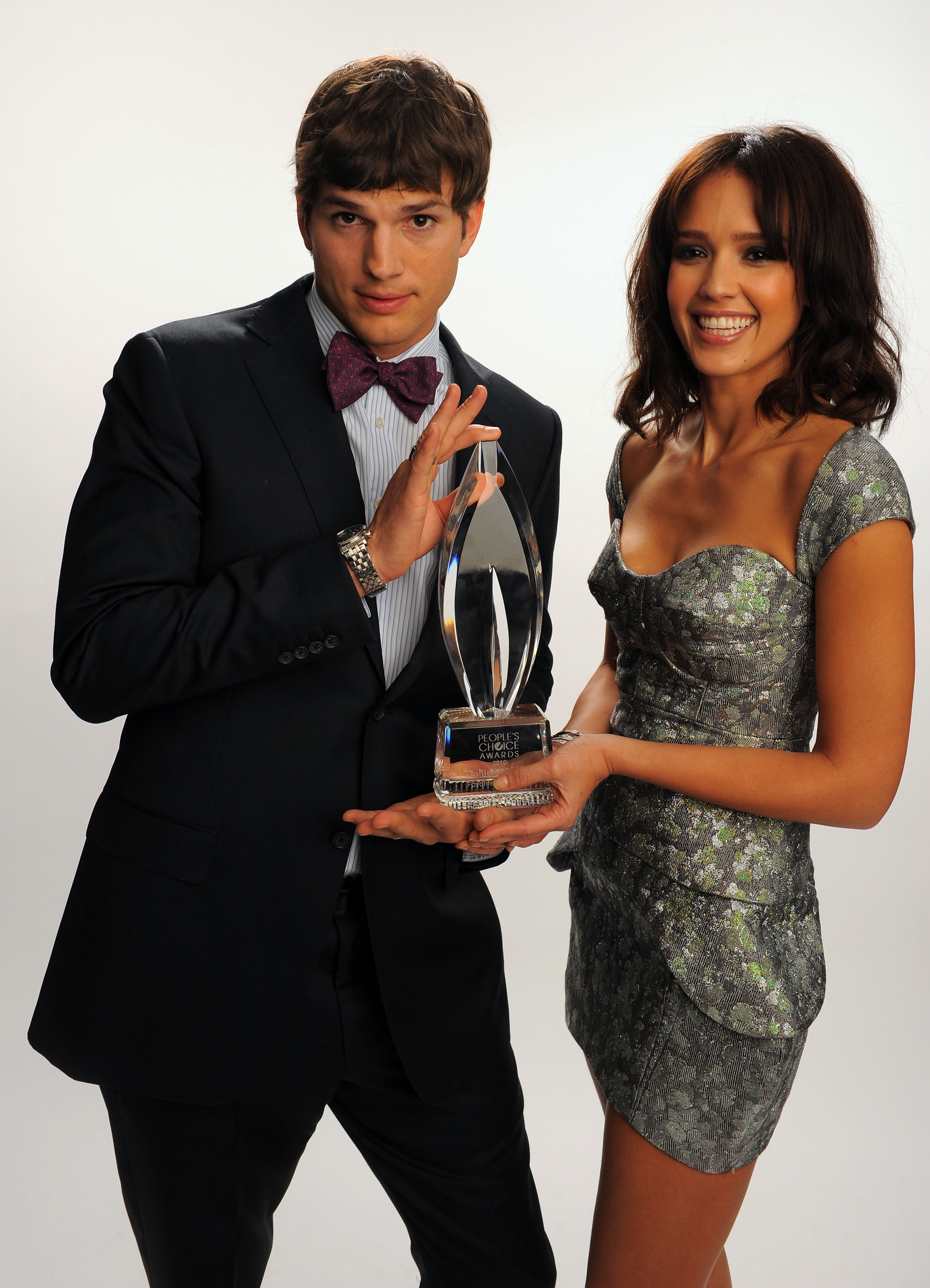74343_Jessica_Alba_portraits_at_the_Peoples_Choice_Awards_2010_in_Los_Angeles_122_1037lo.jpg