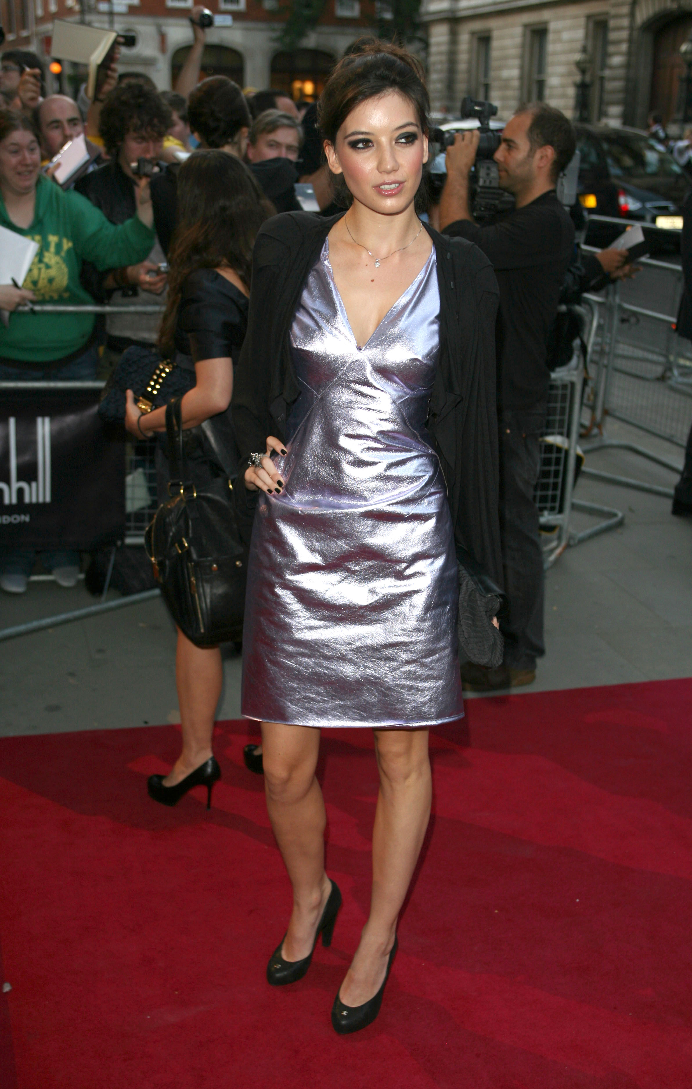20145_Daisy_Lowe_-_GQ_Men_Of_The_Year_Awards_8th_Sept_2009_787_122_206lo.jpg