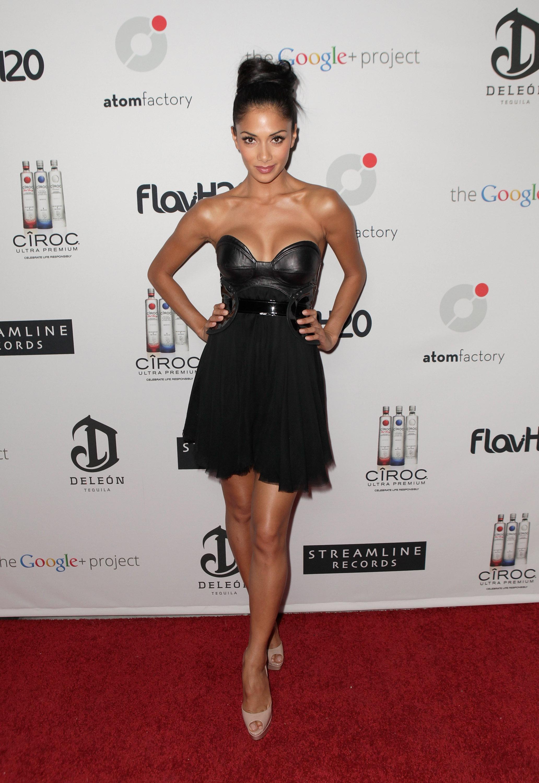 71645_Nicole_Scherzinger_Ciroc_Vodka_Presents_Atom_Factory_VMA_Dinner_In_LA_26.08.11_003_123_774lo.jpg