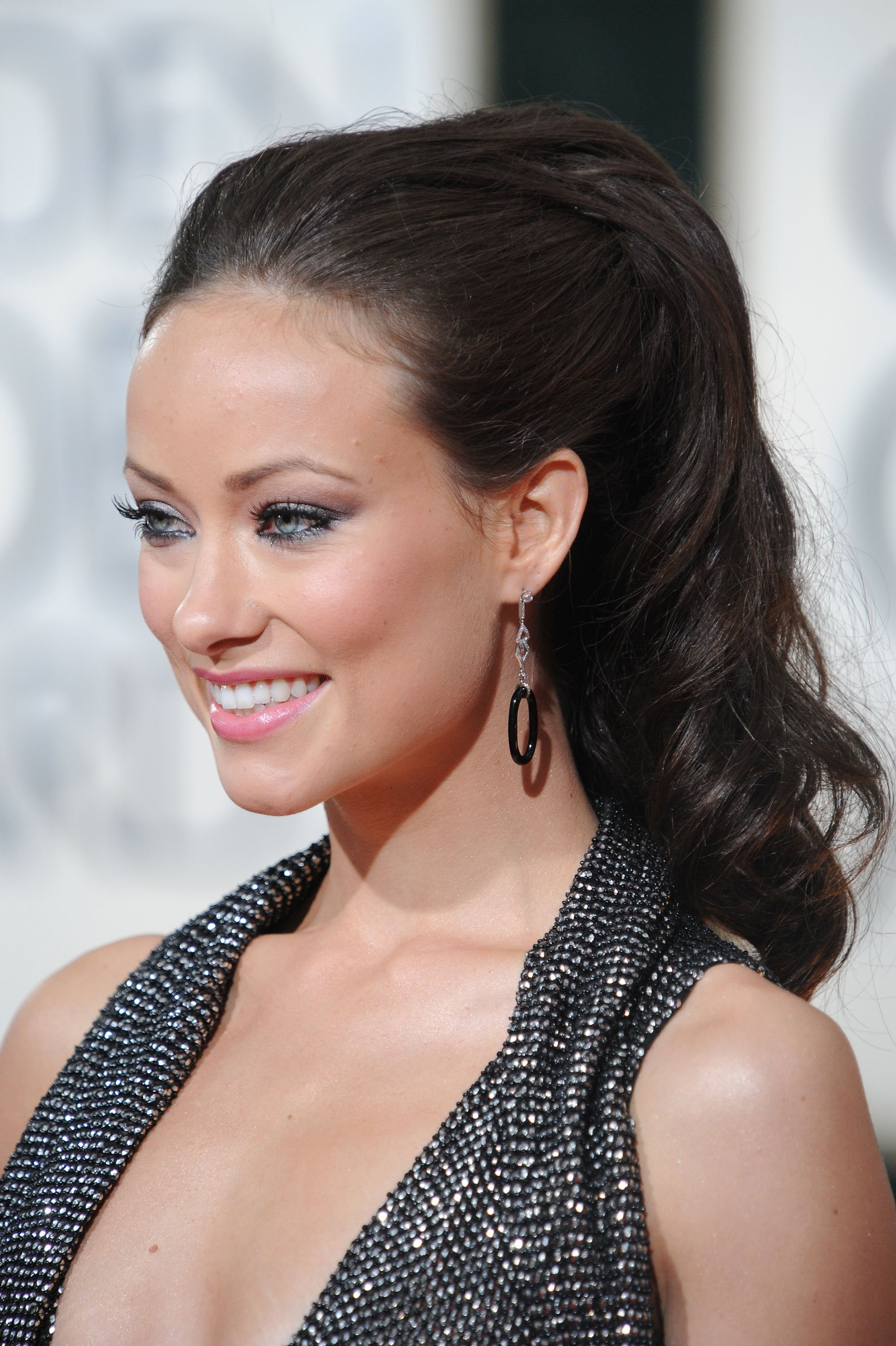78222_Olivia_Wilde_arrives_at_the_67th_Annual_Golden_Globe_Awards-3_122_1105lo.jpg