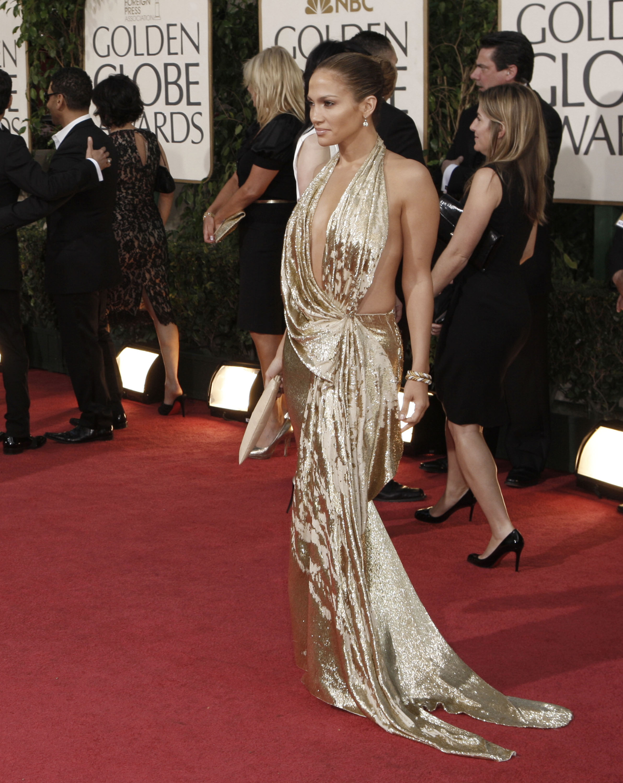 25446_Celebutopia-Jennifer_Lopez_arrives_at_the_66th_Annual_Golden_Globe_Awards-05_122_430lo.jpg