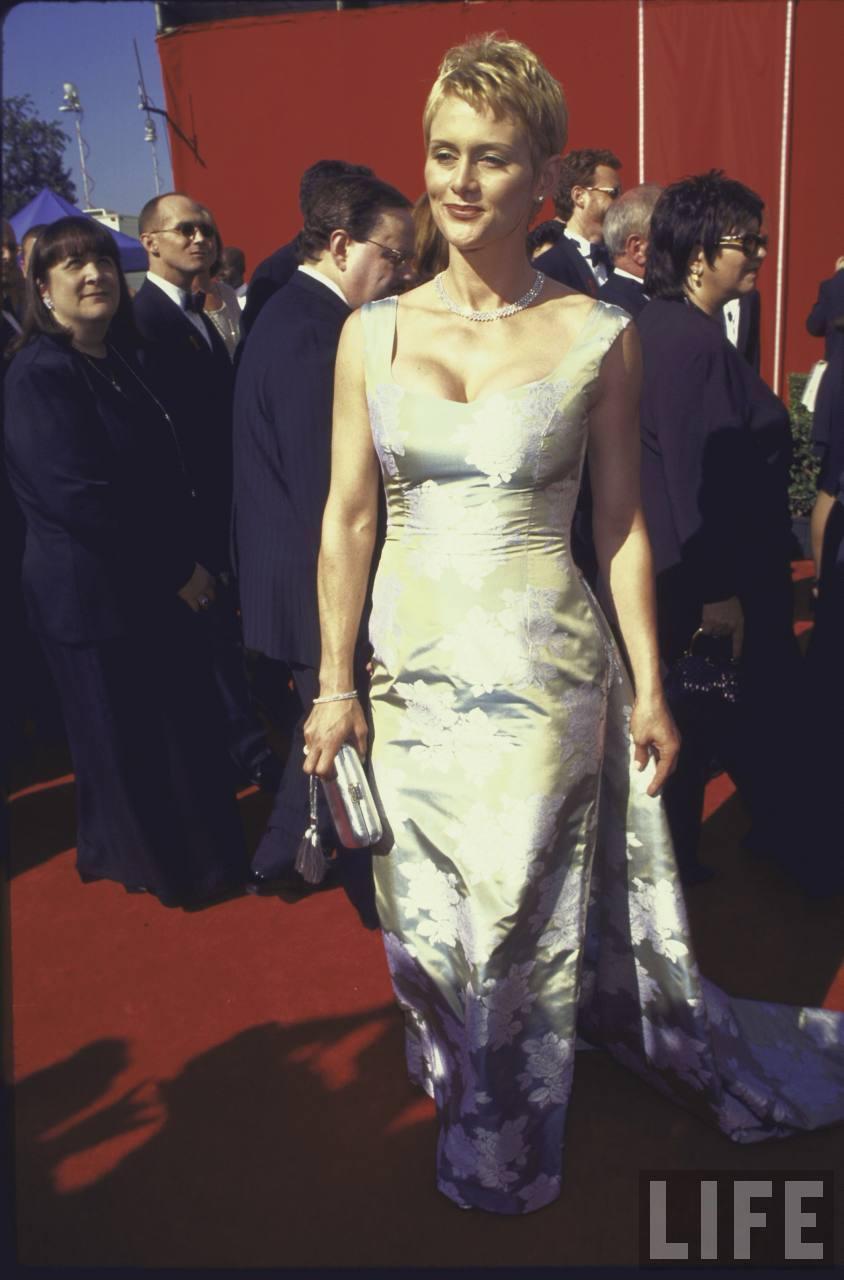 20515_Primetime_Emmy_Awards_LA_Sep_13_1998_life1_122_476lo.jpg