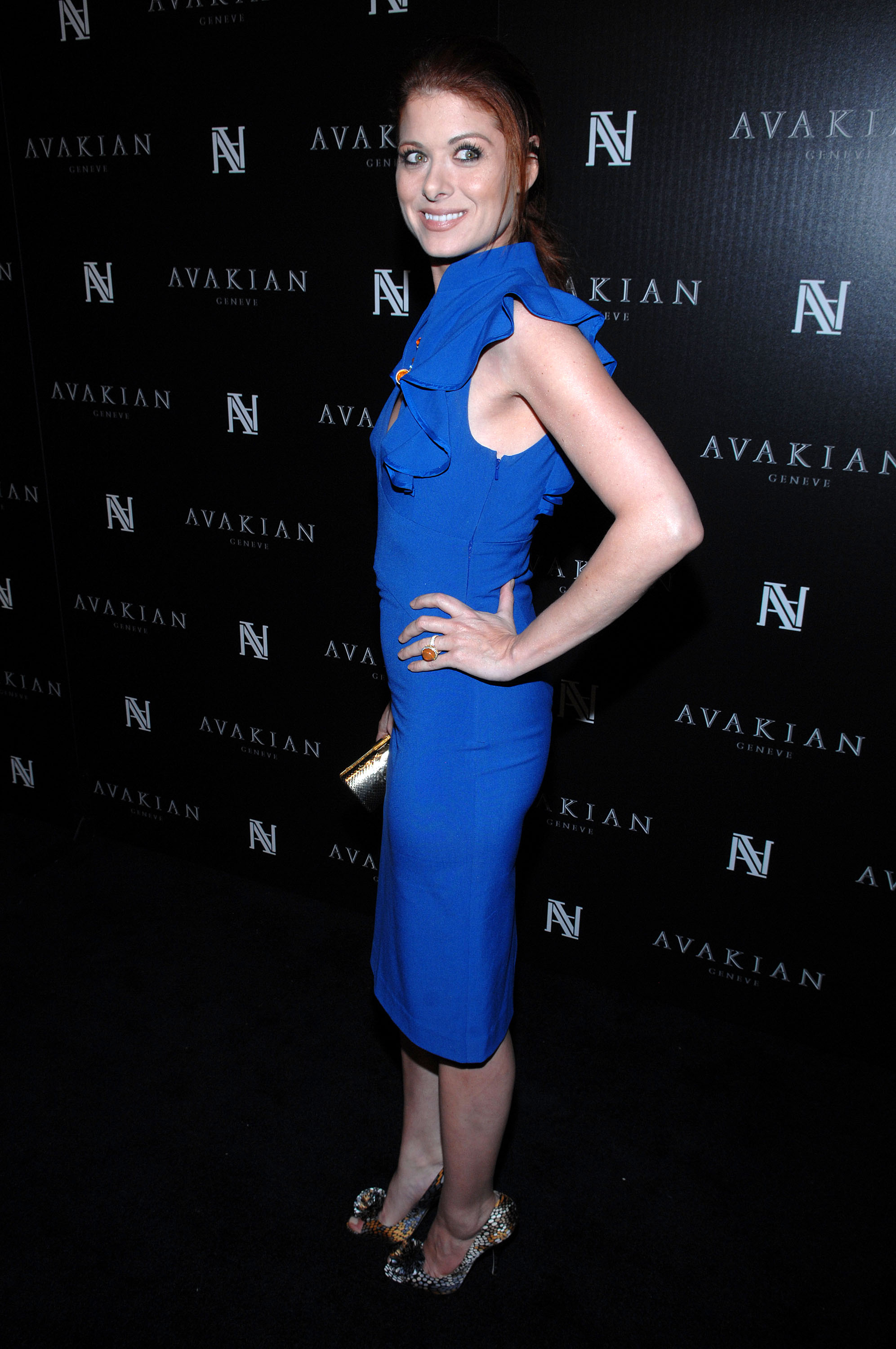 78338_Celebutopia-Debra_Messing4Avakian_Beverly_Hills_Boutique_Celebration-08_122_55lo.jpg