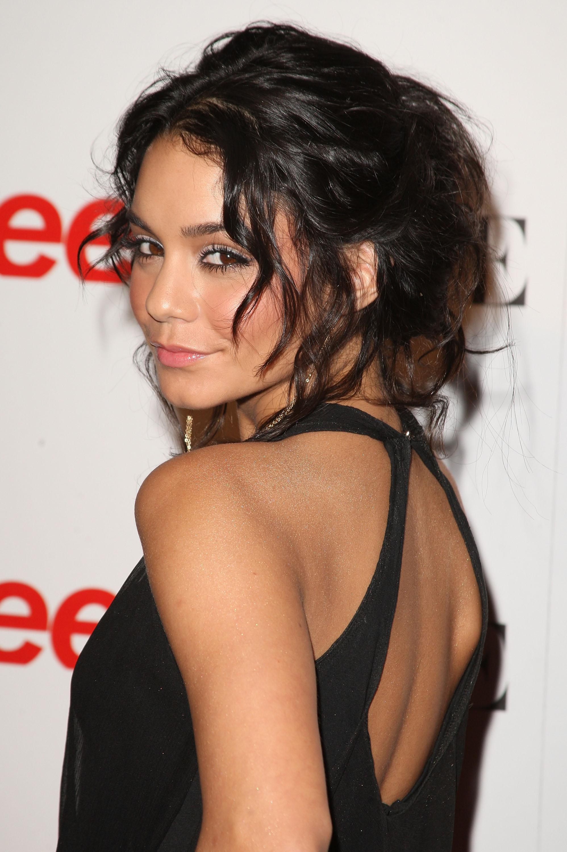 18015_Vanessa_Hudgens_Teen_Vogue_Young_Hollywood_Party_09-18-2008_0016_122_259lo.jpg