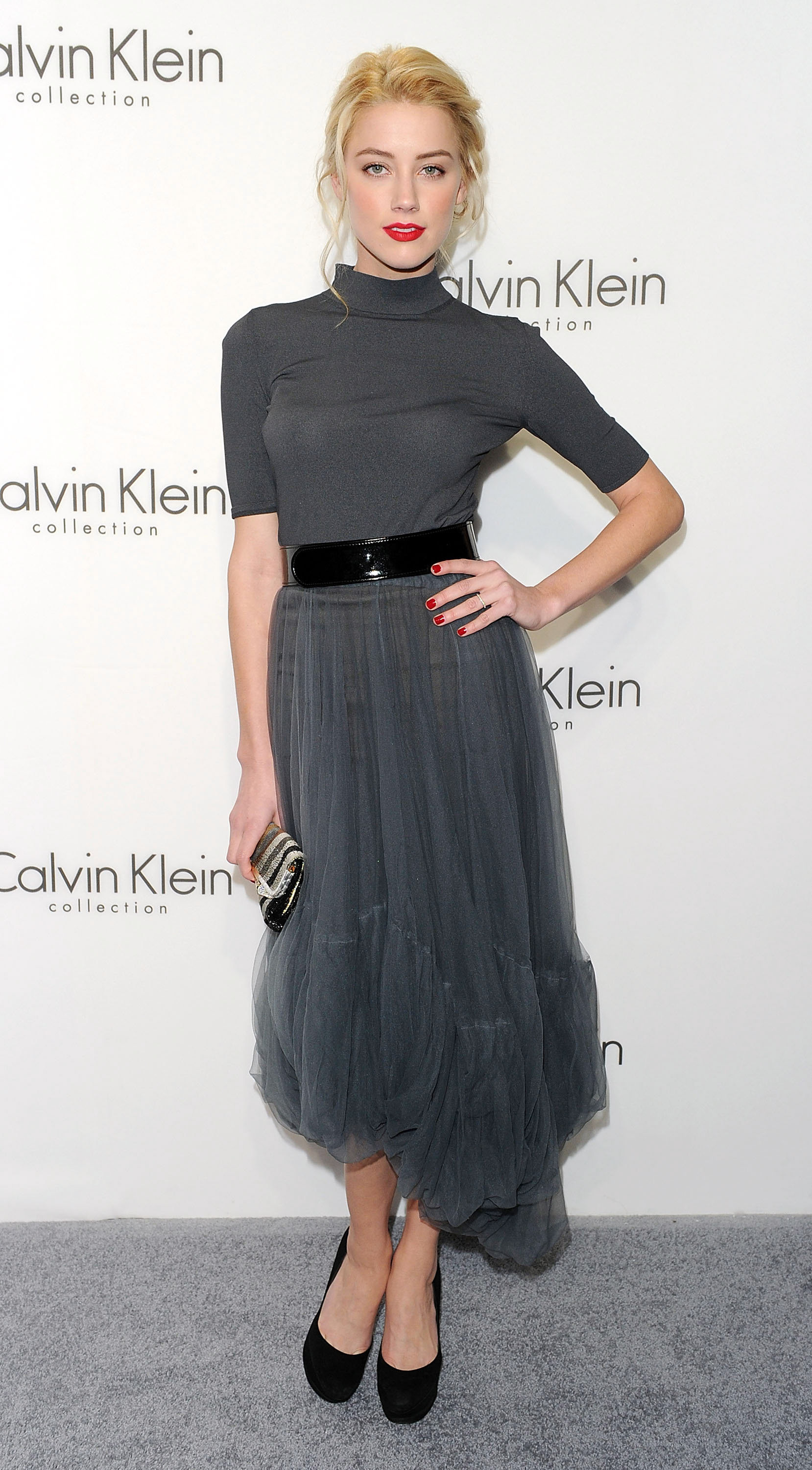 87251_amber_heard_calvin_klein_after_party-3_122_60lo.jpg