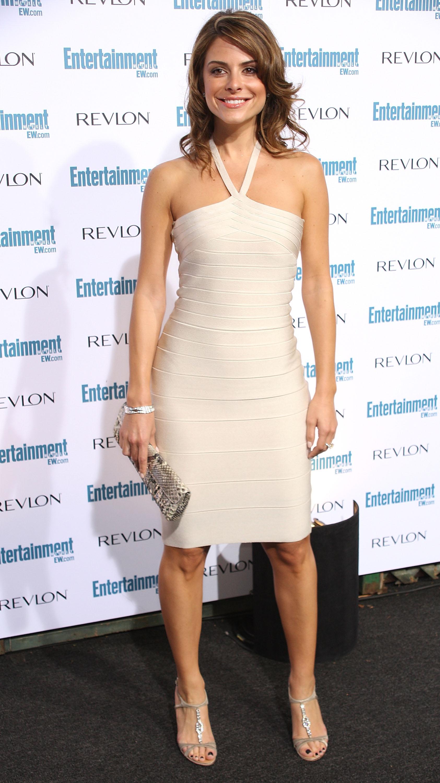 91654_Celebutopia-Maria_Menounos-Entertainment_Weekly69s_Sixth_Annual_Pre-Emmy_Celebration_party-02_122_422lo.jpg
