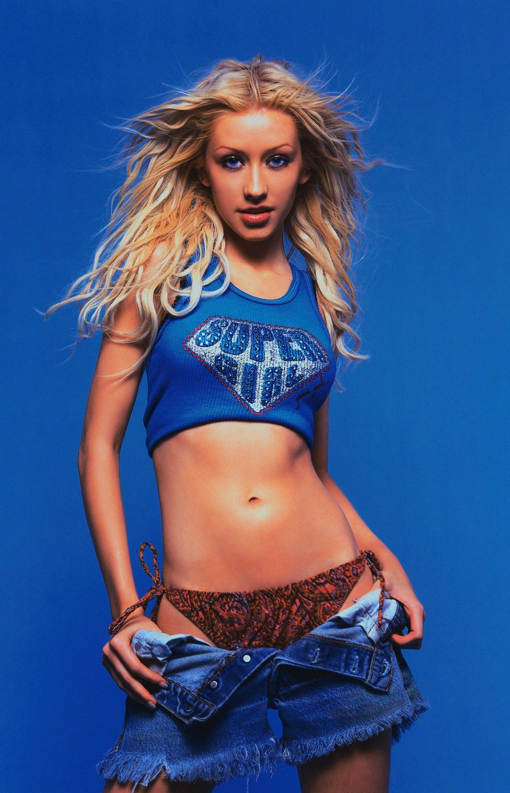 56418_Christina_Aguilera-014375_Rolling_Stone_2000_122_1198lo.jpg