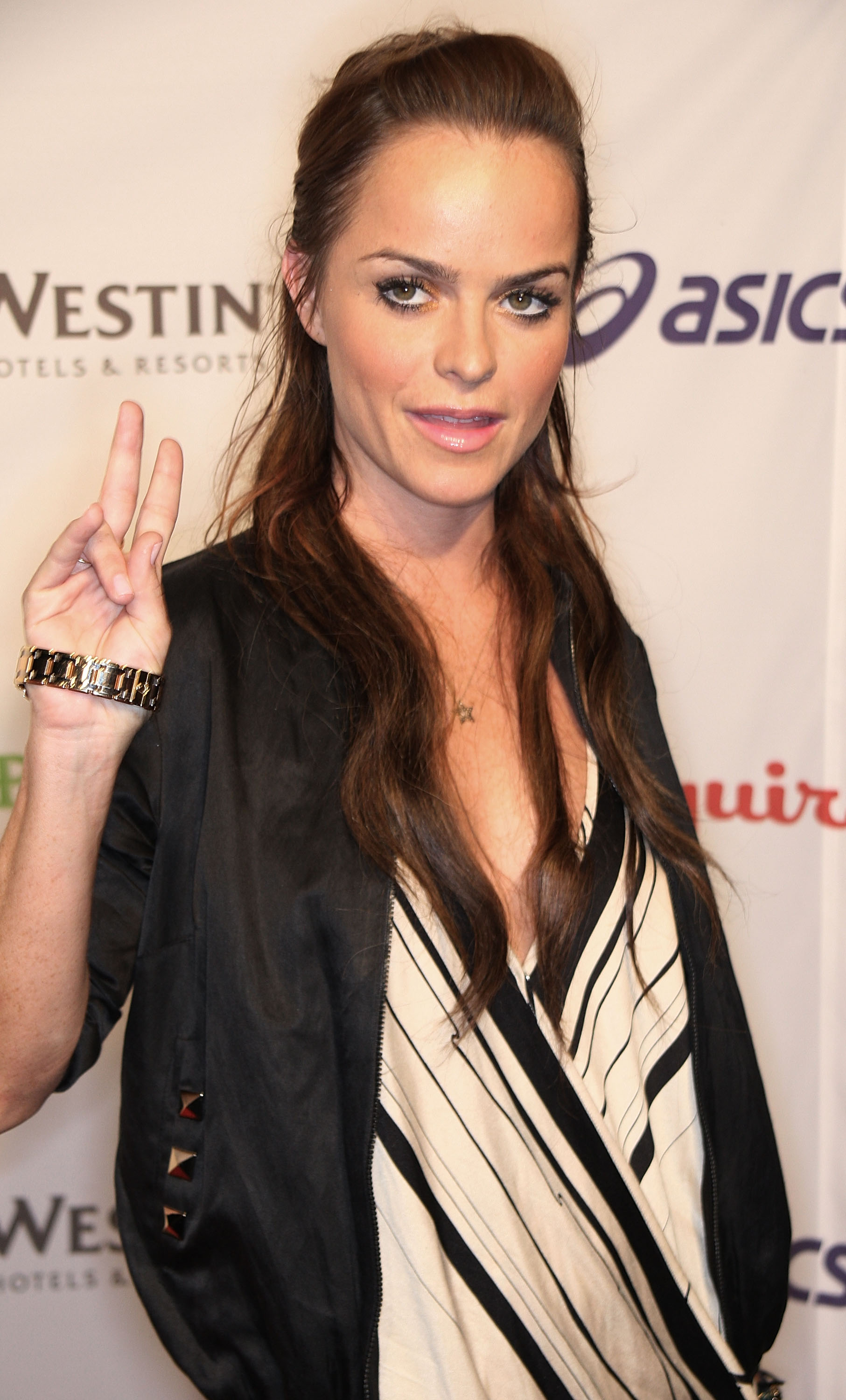 26781_Celebutopia-Taryn_Manning-Esquire_House_Hollywood_Hills_Rock_The_Vote_party-01_122_134lo.jpg