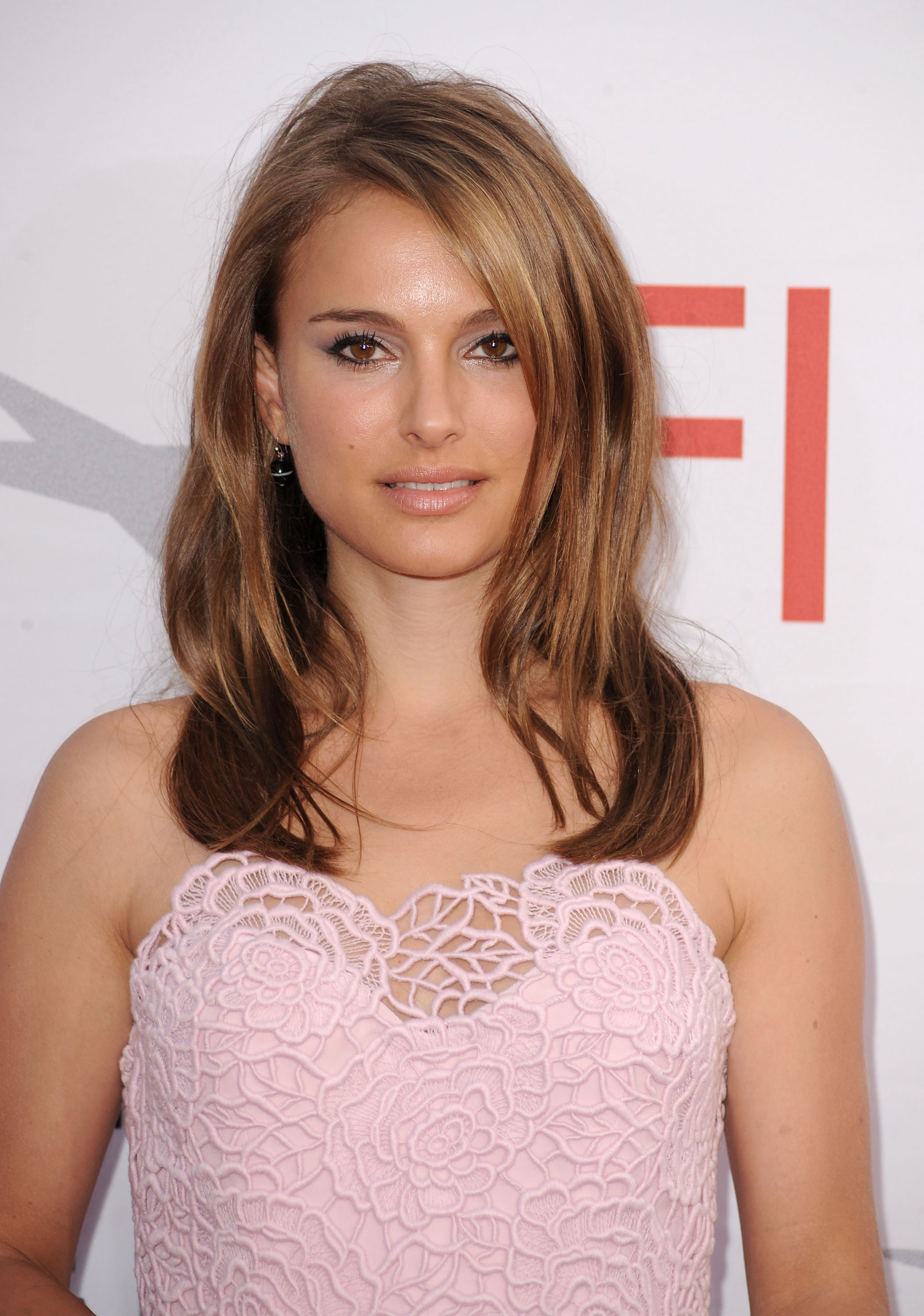 02204_Natalie_Portman_38th_afi_life_achievement_award_073_122_1095lo.jpg