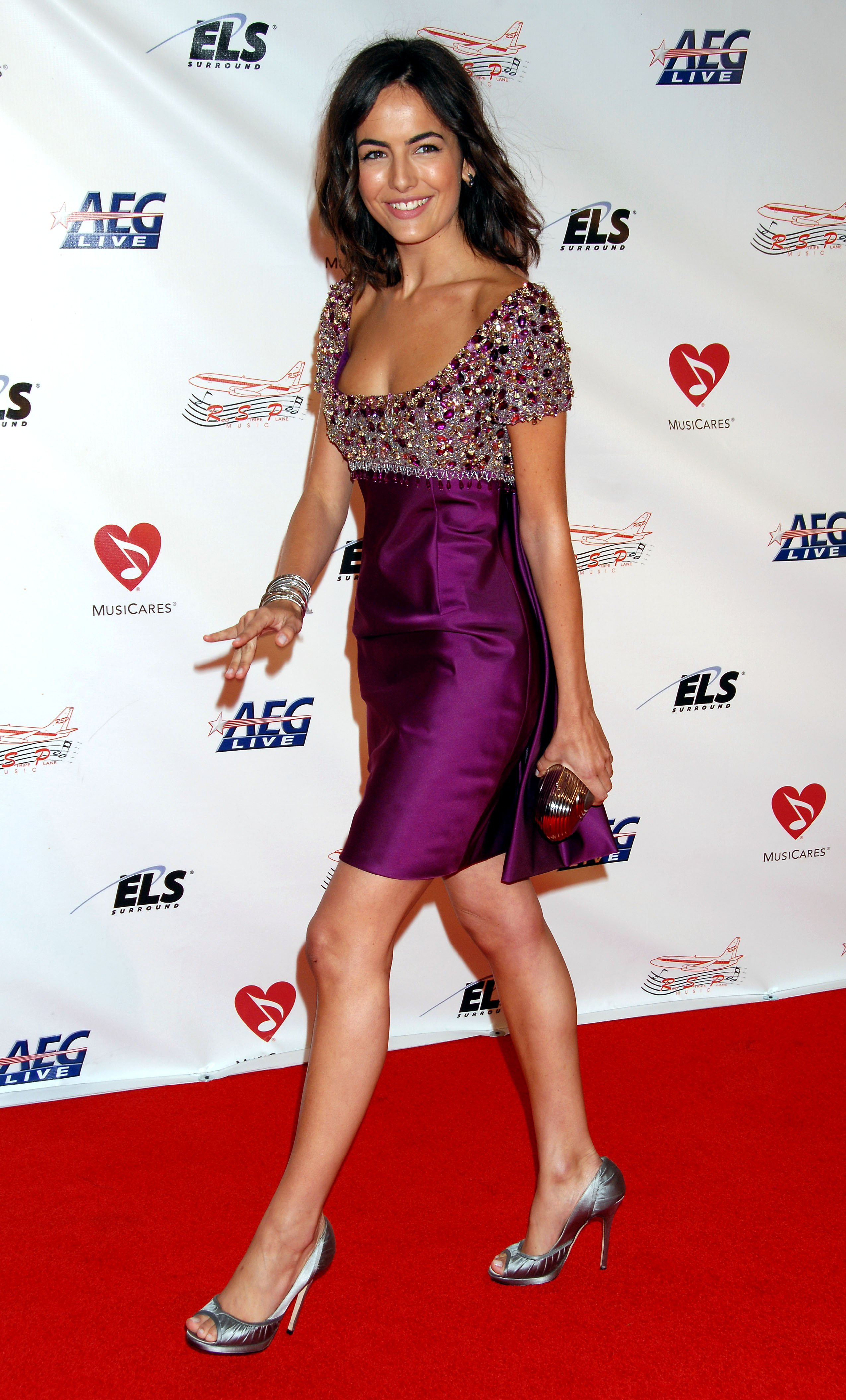 11120_Celebutopia-Camilla_Belle_arrives_at_the_2009_MusiCares_Person_Of_The_Year_Gala-20_122_449lo.JPG