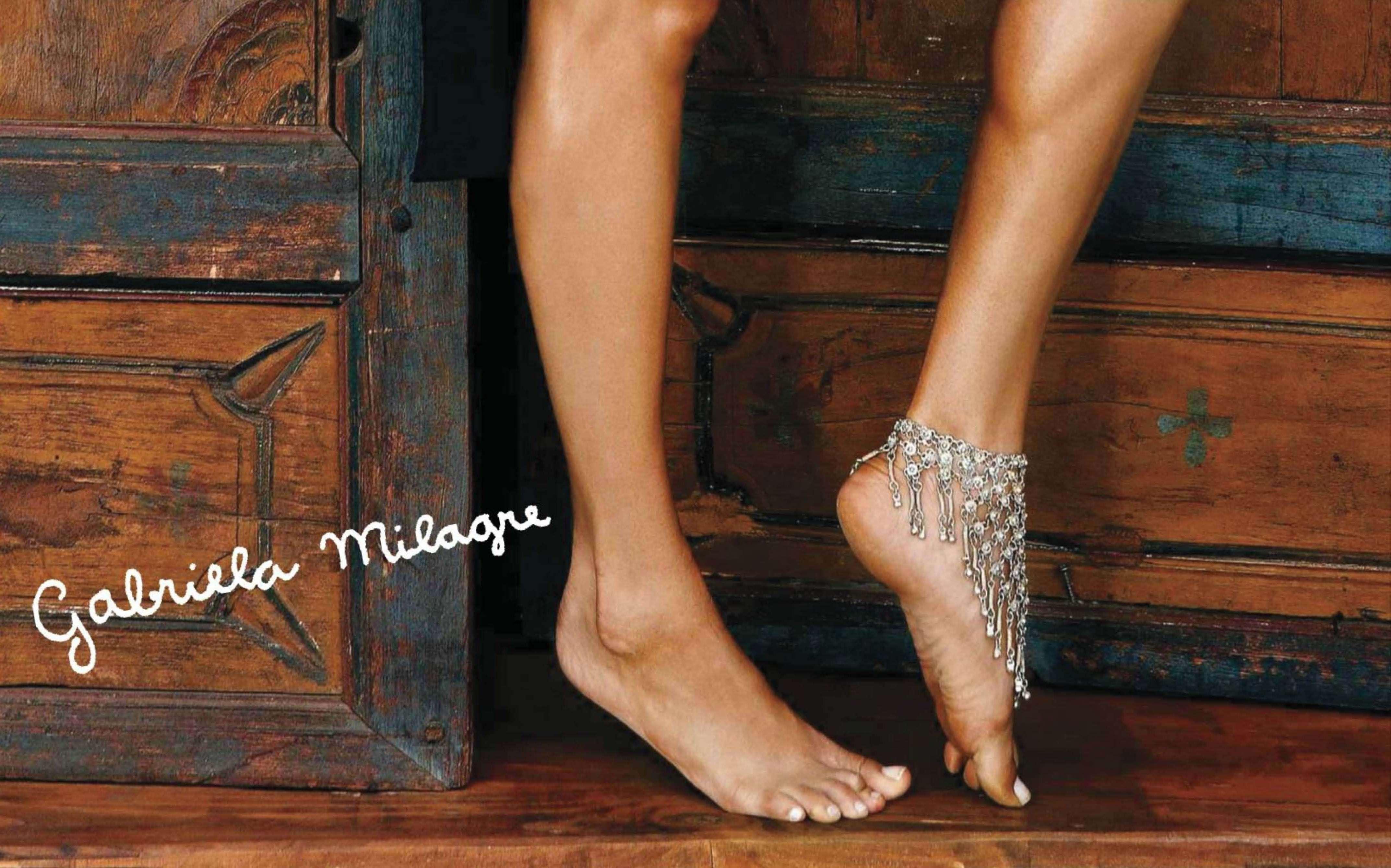 30872_septimiu29_GabrielaMilagre_PlayboyGermany_August201211_123_160lo.jpg