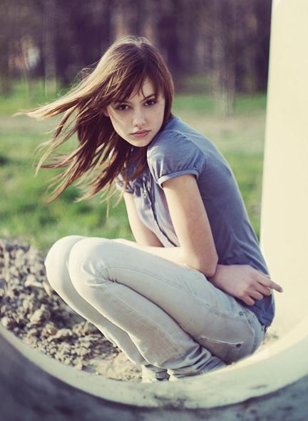 78422_swing_life_away_by_LittleFlair_122_492lo.jpg