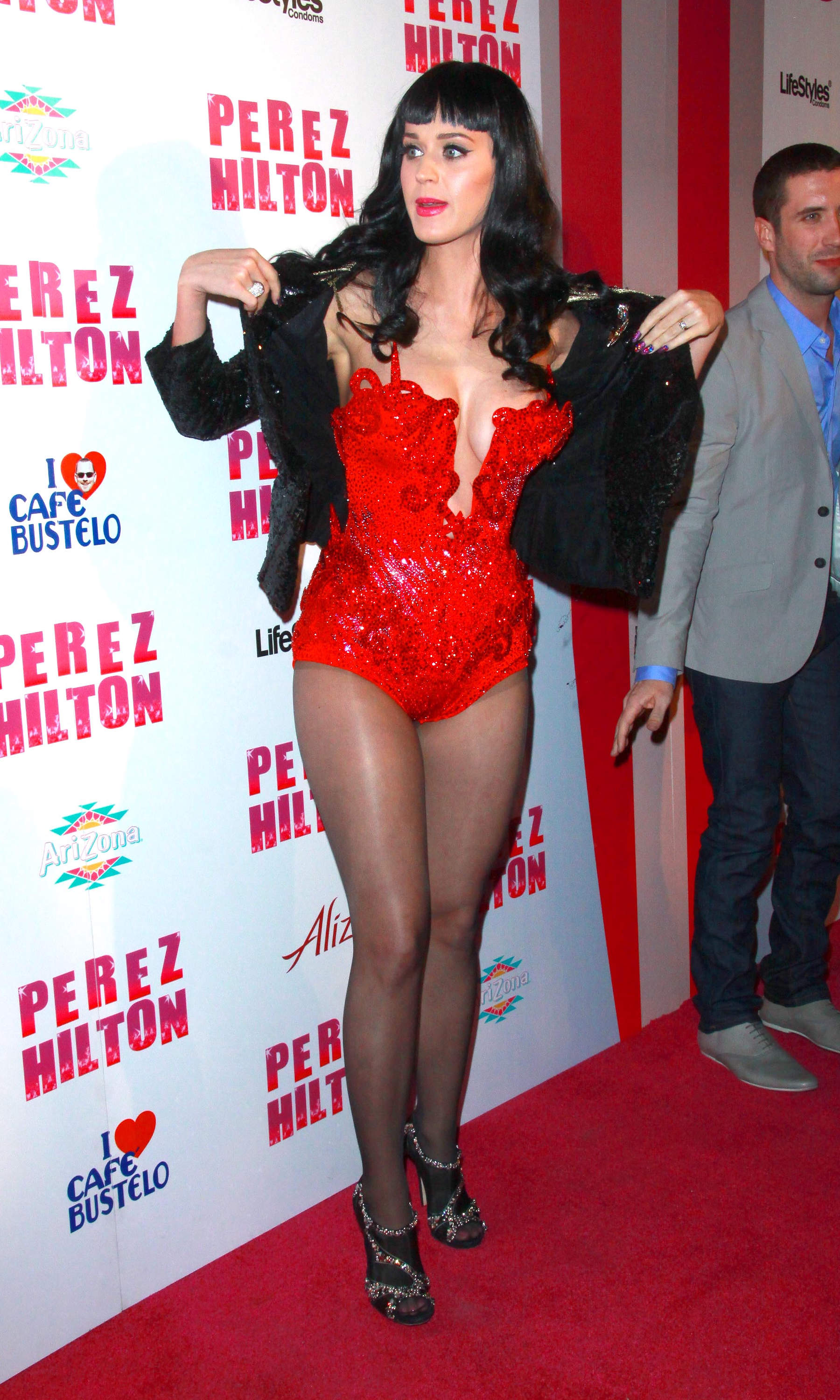 10441_katy_perry_perez_hiltons_birthday_party.com_TheElder_KatyPerry6_122_493lo.jpg