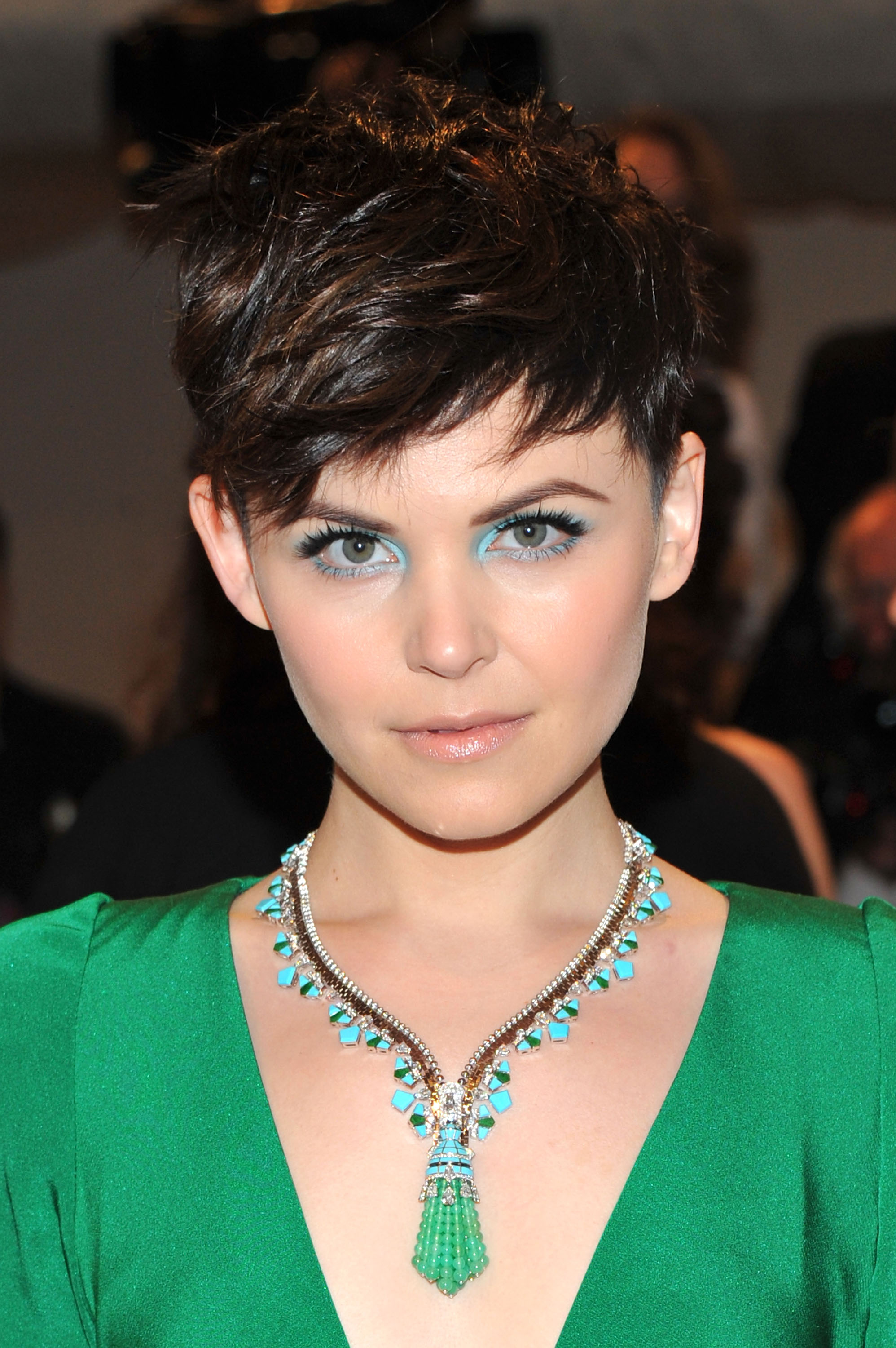 26551_Tikipeter_Ginnifer_Goodwin_Savage_Beauty_Gala_002_123_113lo.jpg