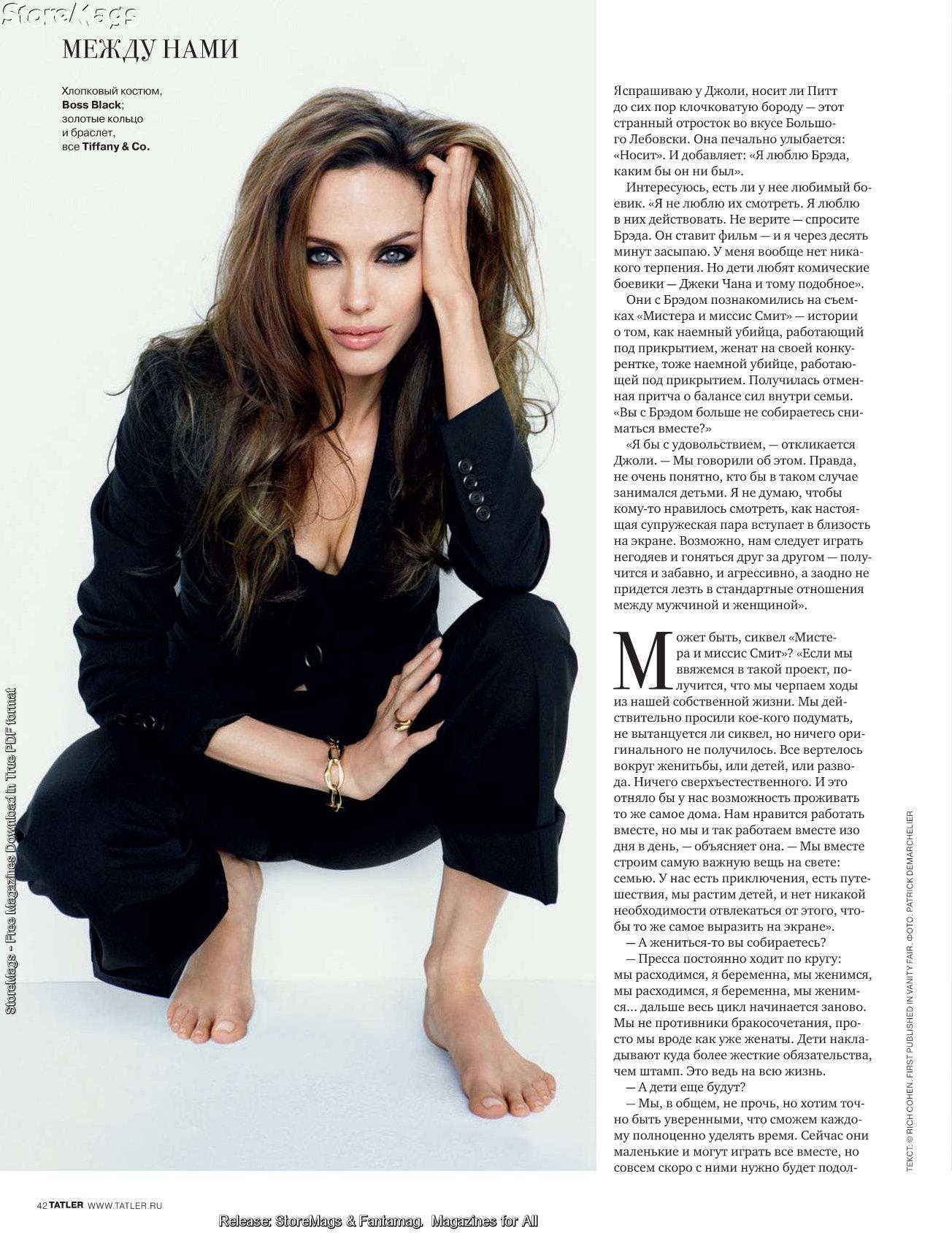 47418_septimiu29_AngelinaJolie_TatlerRussia_Jan20115_122_15lo.jpg