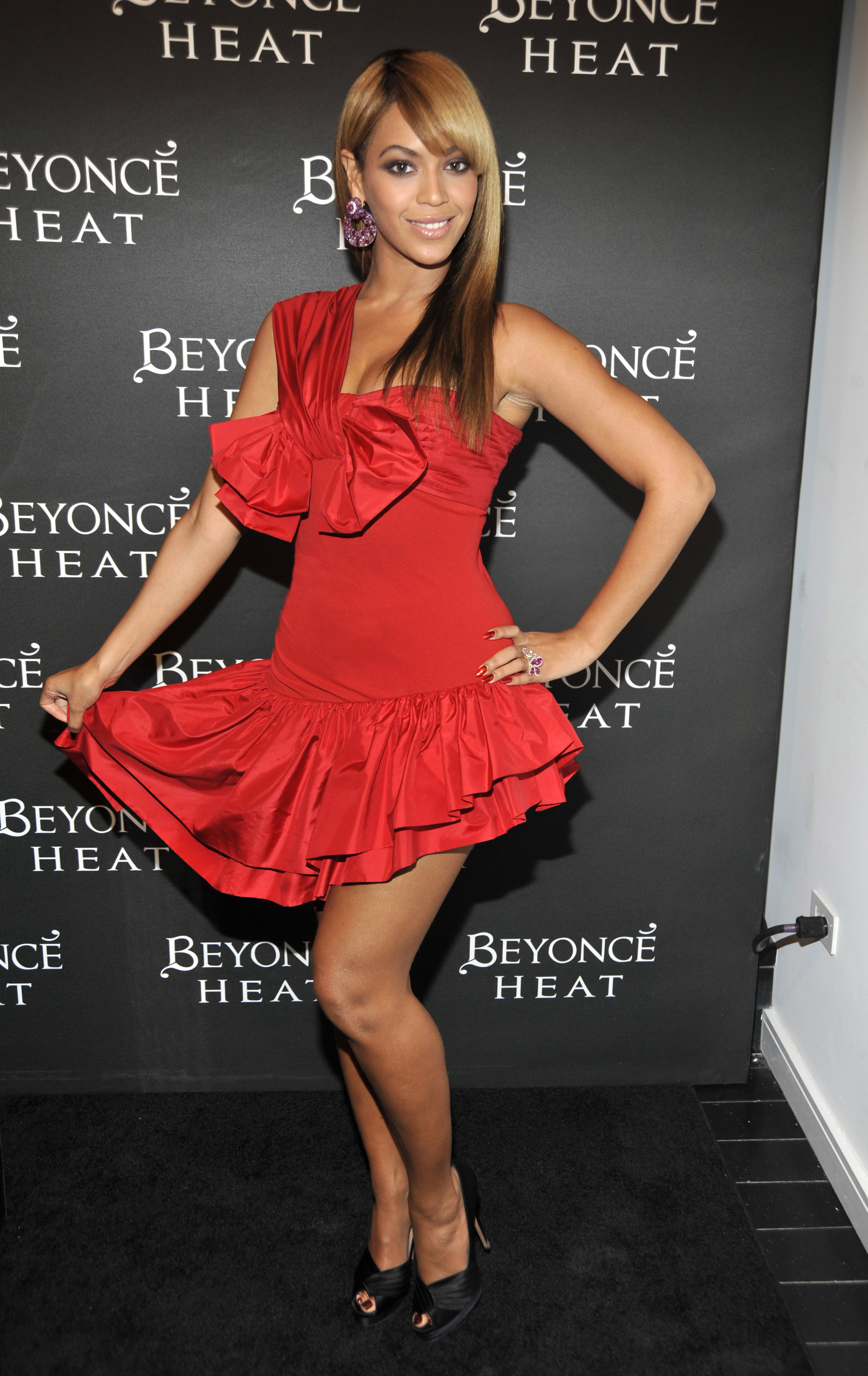 05212_beyonce-heat-launch-party-2_122_590lo.jpg