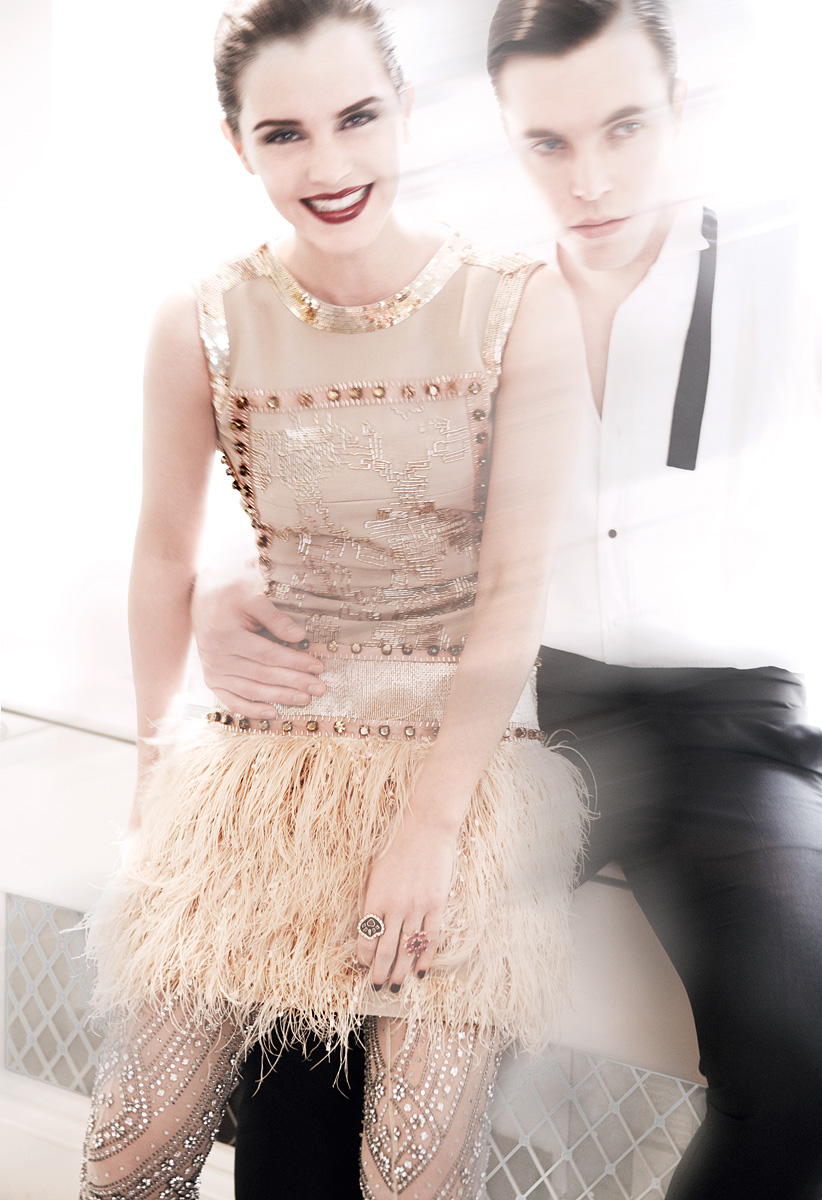 990652307_Emma_Watson_Vogue_Magazine5_122_397lo.jpg