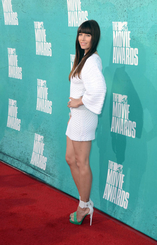 771710519_Jessica_Biel_at_the_2012_MTV_Movie_Awards_in_LA_03_122_515lo.jpg