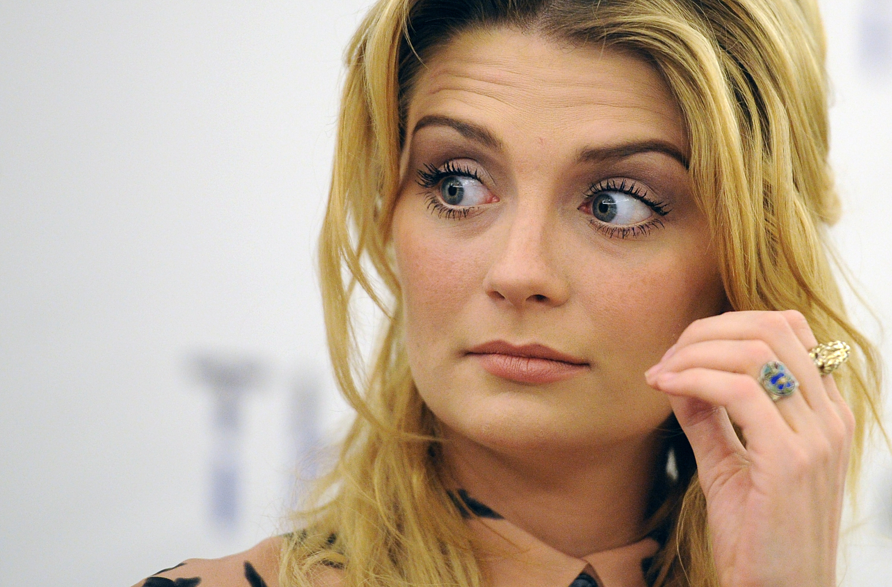 81319_Mischa_Barton_You_and_I_Photocall_PressConference_J0001_021_122_36lo.jpg