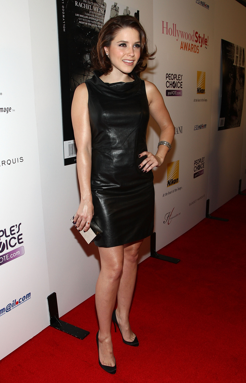 95970_Celebutopia-Sophia_Bush-Hollywood_Life0s_5th_annual_Hollywood_Style_Awards-03_122_260lo.jpg