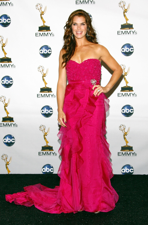 62809_Celebutopia-Brooke_Shields-60th_Annual_Primetime_Emmy_Awards_Press_Room-07_122_352lo.jpg