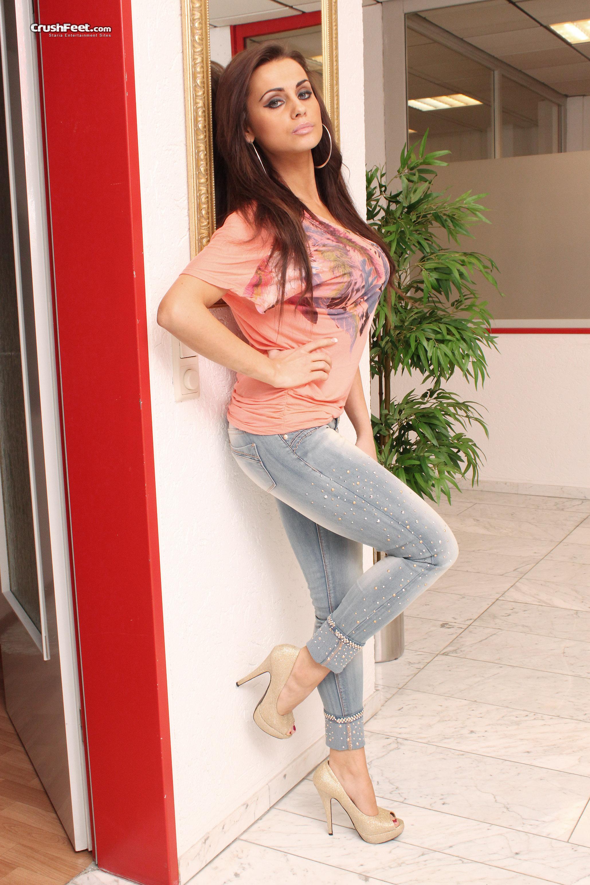 382252783_Natalya_001242_04_122_171lo.jpg