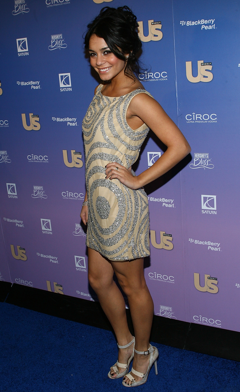 63209_Vanessa_Hudgens_US_Weeklys_Hot_Hollywood_Issue_Celebration_0007_122_151lo.jpg