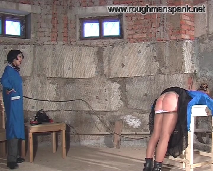 377198426_spanking_and_whipping5.mp4_20190228_200418.510_123_344lo.jpg