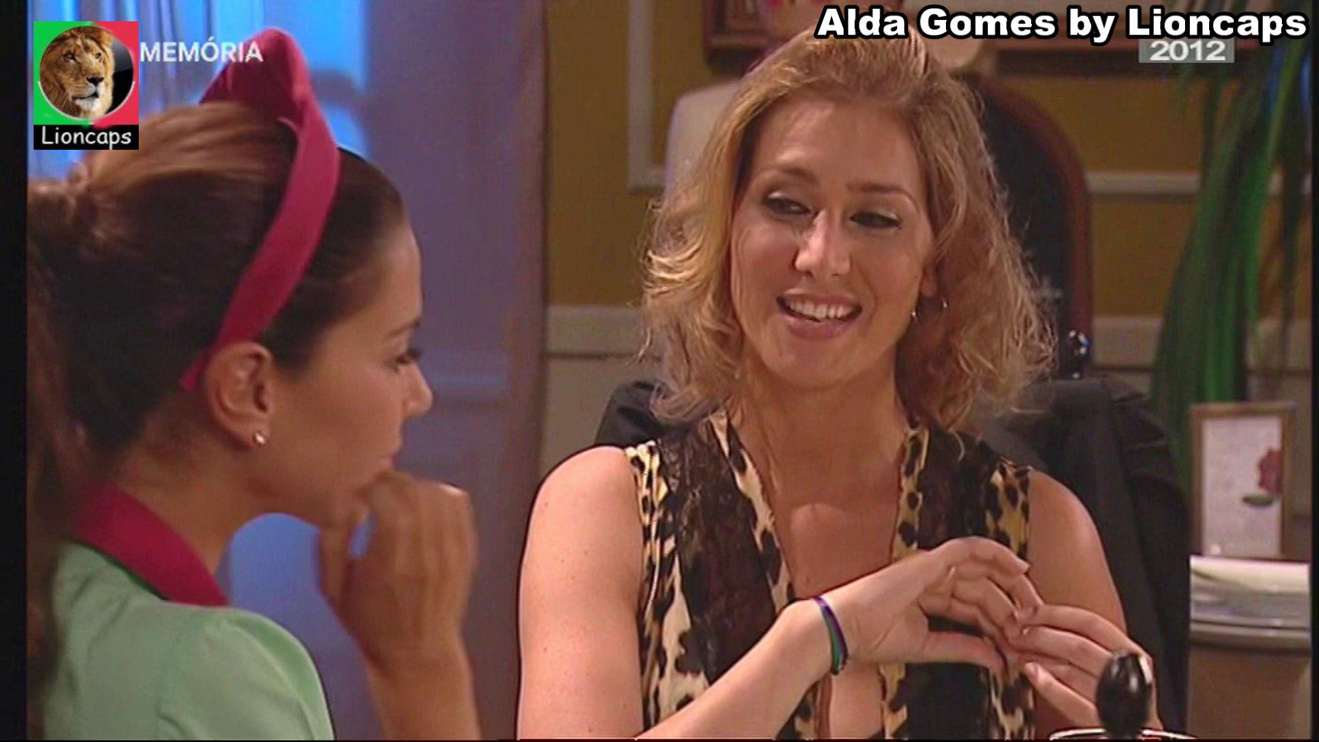 995552647_alda_gomes_vs181228_0244_122_54lo.JPG