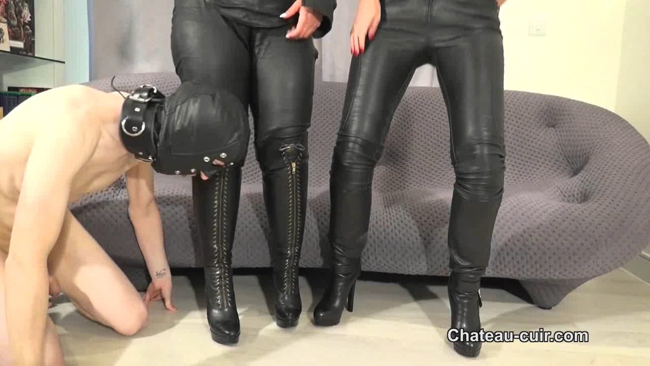 526426271_32_The_leather_booter_part2.wmv_20180212_190036.513_123_129lo.jpg