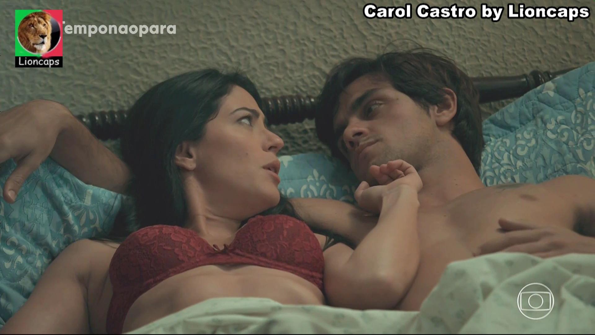 199622438_carol_castro_vs190610_14310_122_147lo.JPG