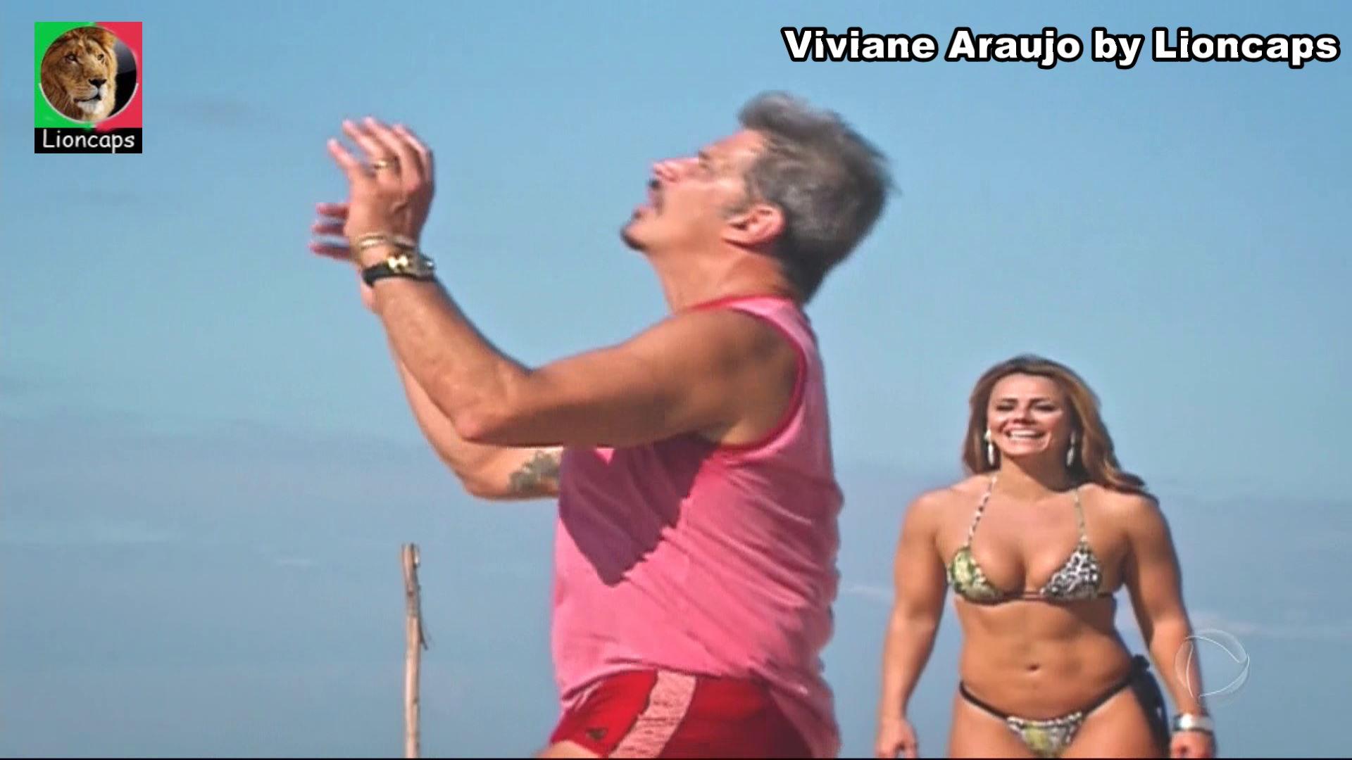 787334160_viviane_araujo_bela_vs190305_0576_122_166lo.JPG