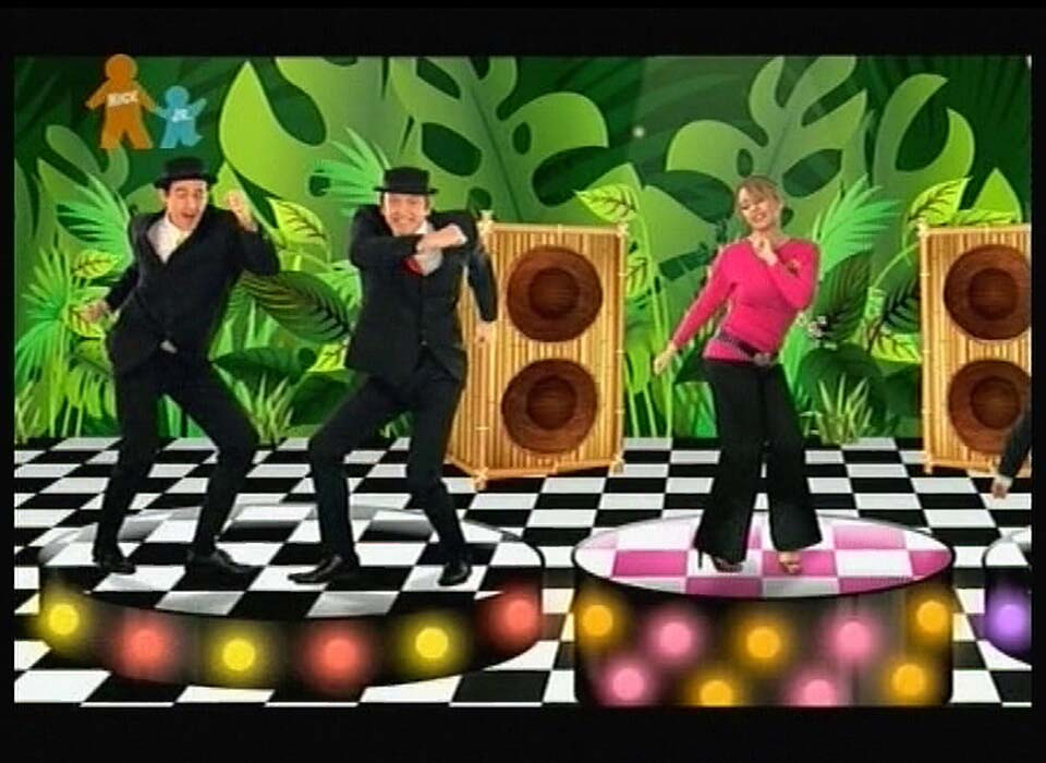03436_Kylie_Minogue_and_the_Wiggles_Monkey_Man_2_122_234lo.jpg