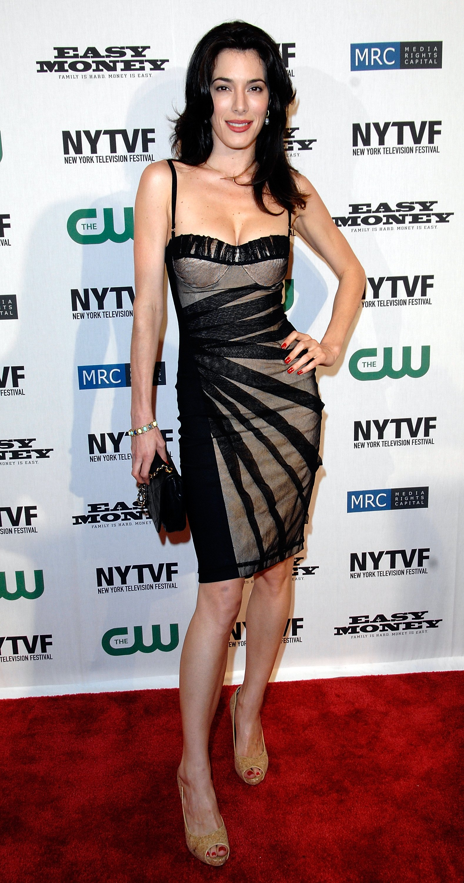 01169_Celebutopia-Jaime_Murray-CW42s_Easy_Money_premiere_during_the_2008_New_York_Television_Festival-01_122_517lo.jpg