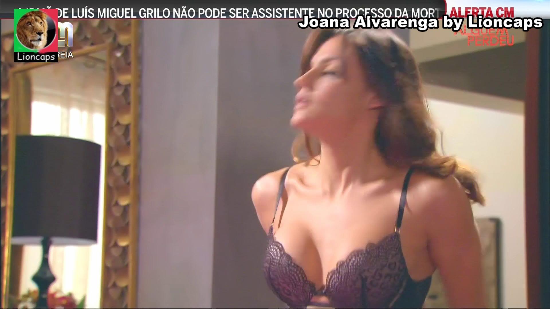 128717810_joana_alvarenga_vs190714_1992_122_568lo.JPG