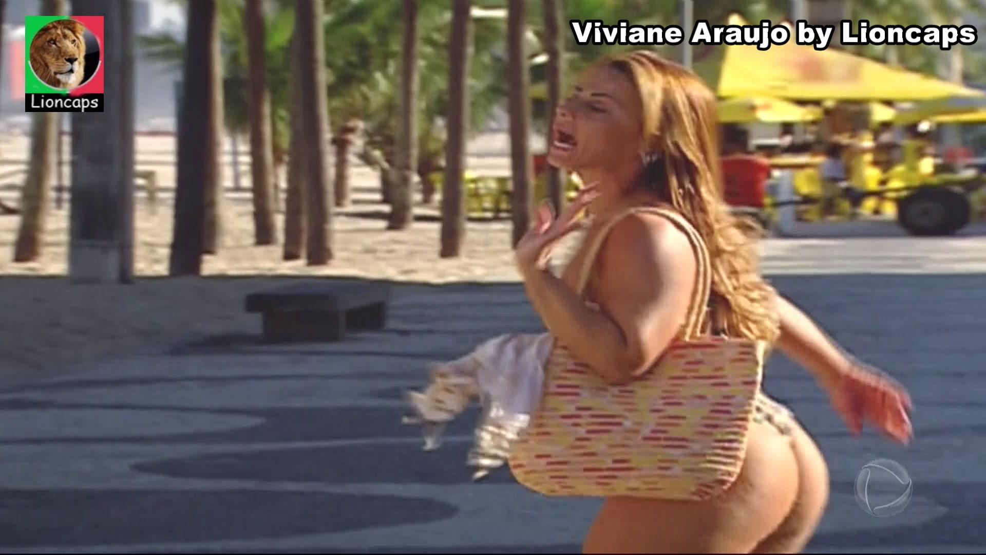787346341_viviane_araujo_bela_vs190305_05715_122_590lo.JPG