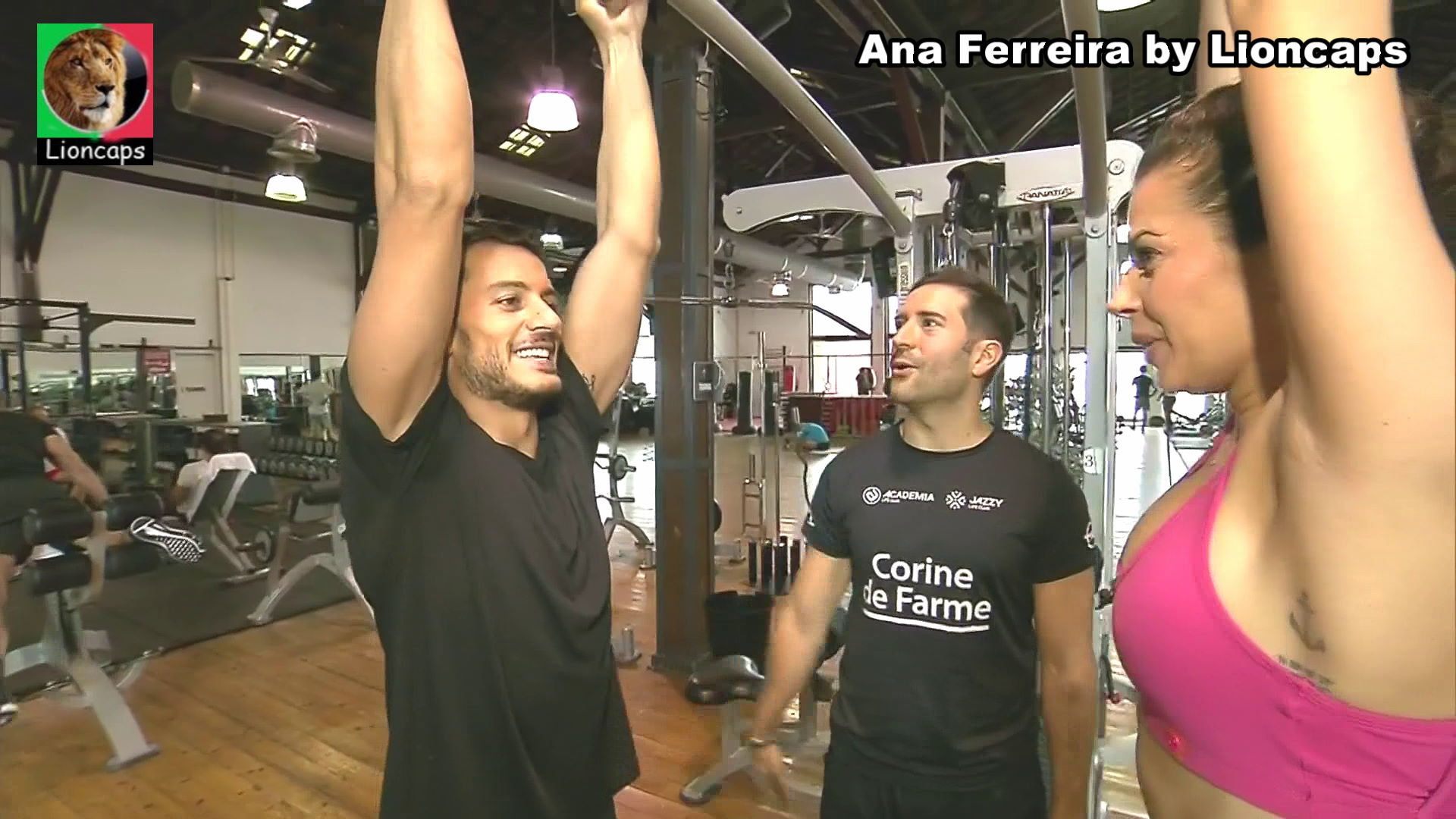 263815044_ana_ferreira_vs200225_07514_122_86lo.JPG
