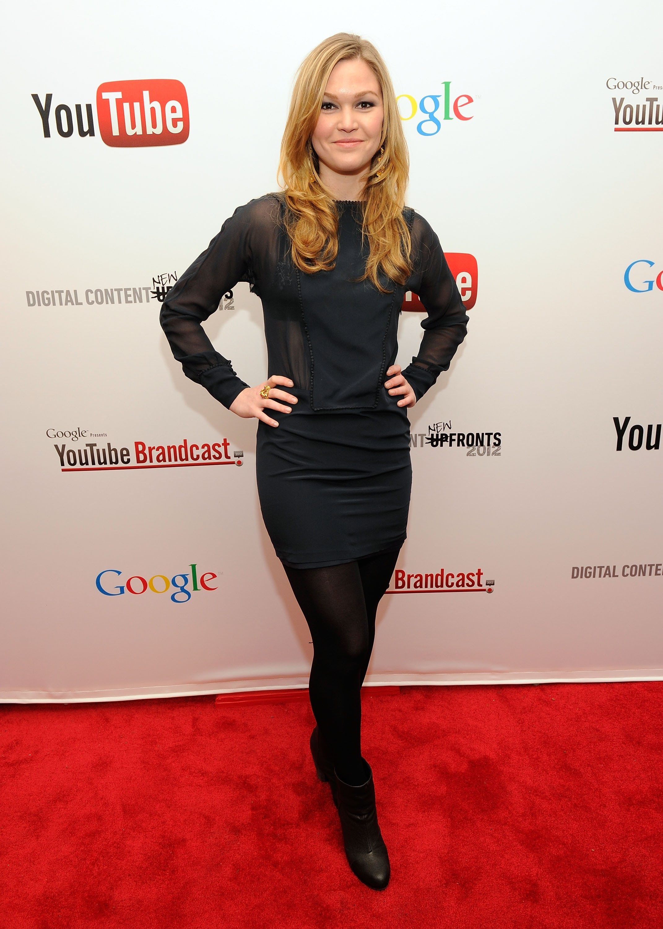 027969665_Julia_Stiles_YouTube_2012_Upfronts_Presentation5_122_223lo.jpg