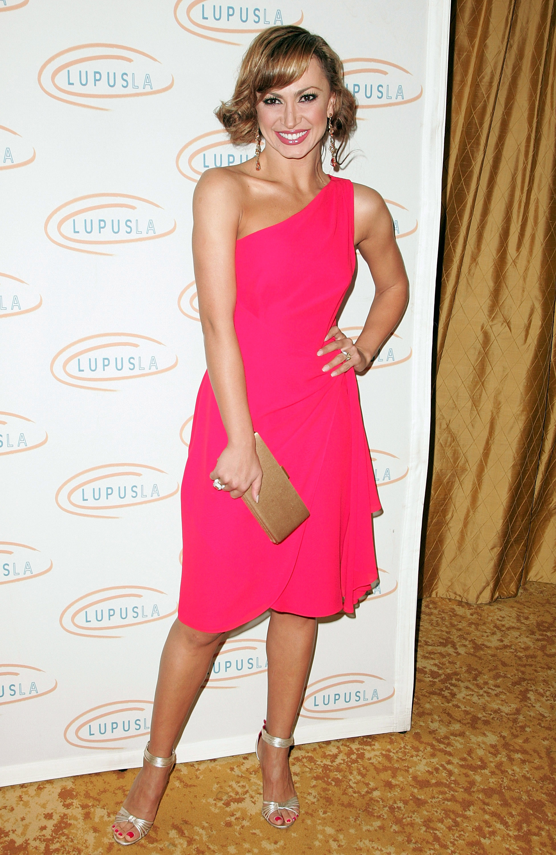 31156_Karina_Smirnoff_2008-11-07_-_Lupus_LA6s_Sixth_Annual_Hollywood_Bag_Ladies_Luncheon_in_Beverly_H_8300_122_147lo.jpg