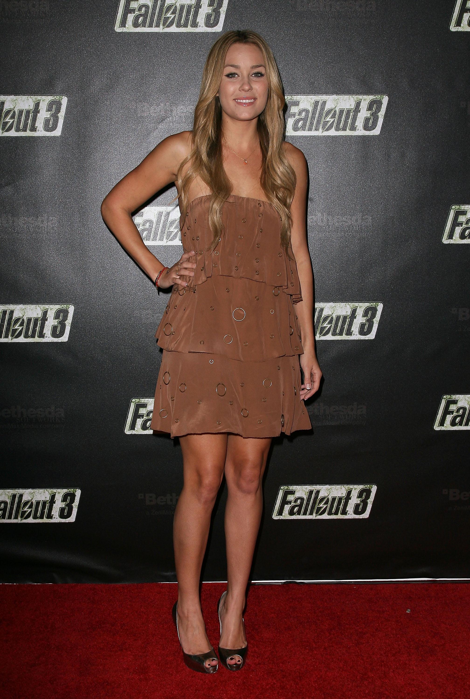 55535_Celebutopia-Lauren_Conrad-Launch_Party_for_Fallout_3_videogame-14_122_192lo.jpg