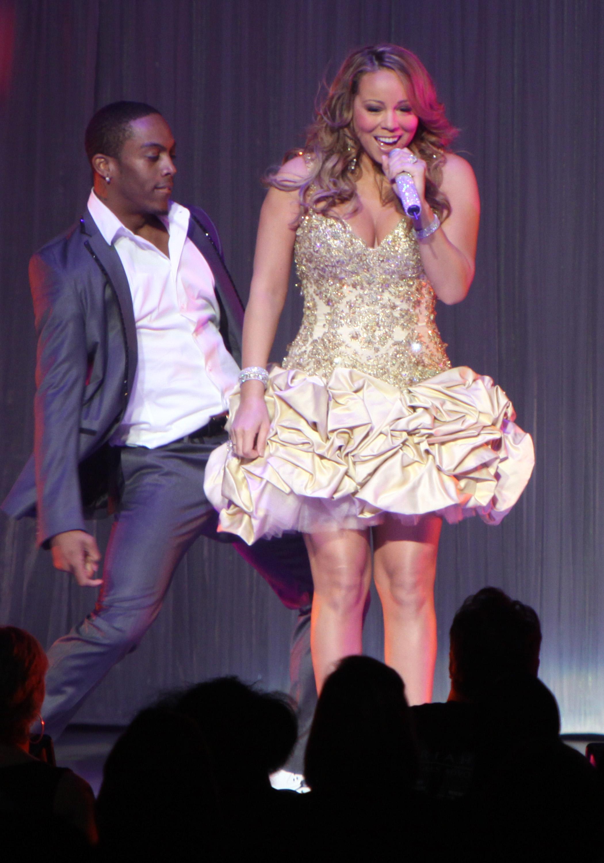 98409_Mariah_Carey_Concert_Atlanta-5_122_14lo.jpg