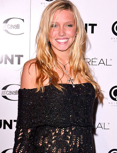 54097_0katie-cassidy-picture-5_123_563lo.jpg